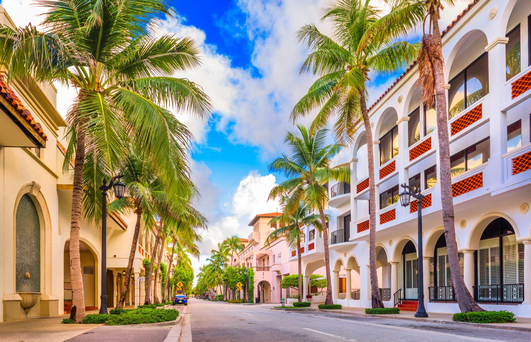 Worth Avenue in The Palm Beaches (Image: Sean Pavone/Shutterstock)