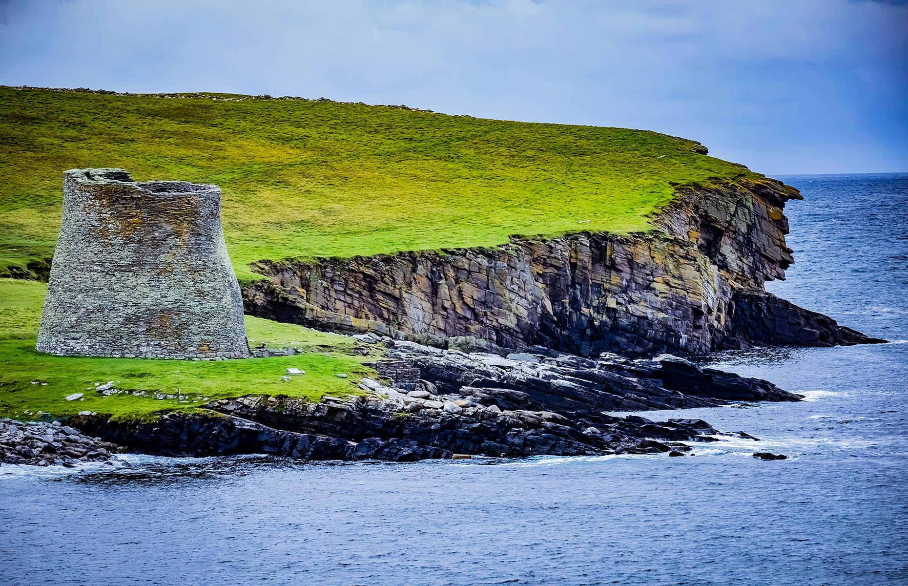 Mousa Broch in Scotland (Image: Marcin Kadziolka/Shutterstock)