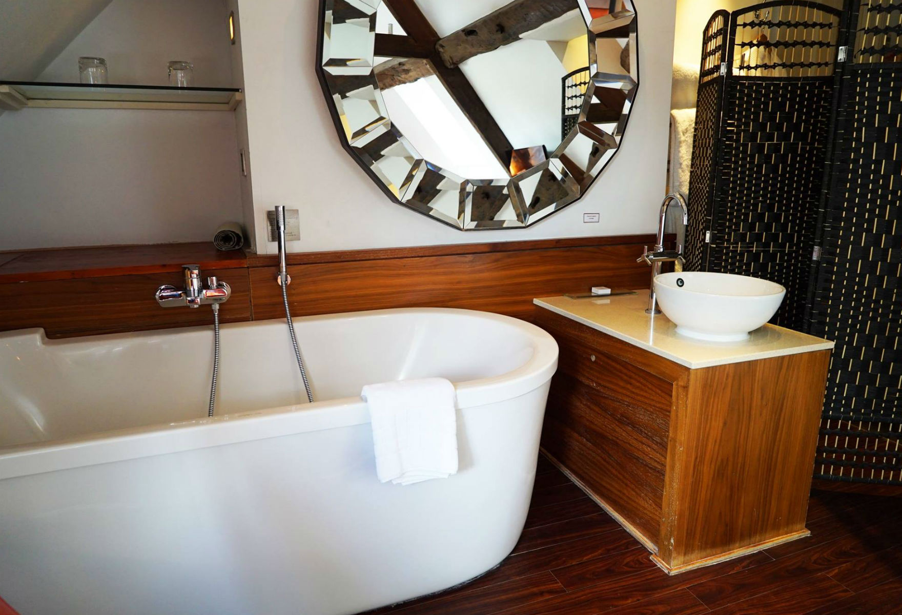 Freestanding bath at Cotswold House Hotel (credit: Cotswold House Hotel & Spa/Facebook)