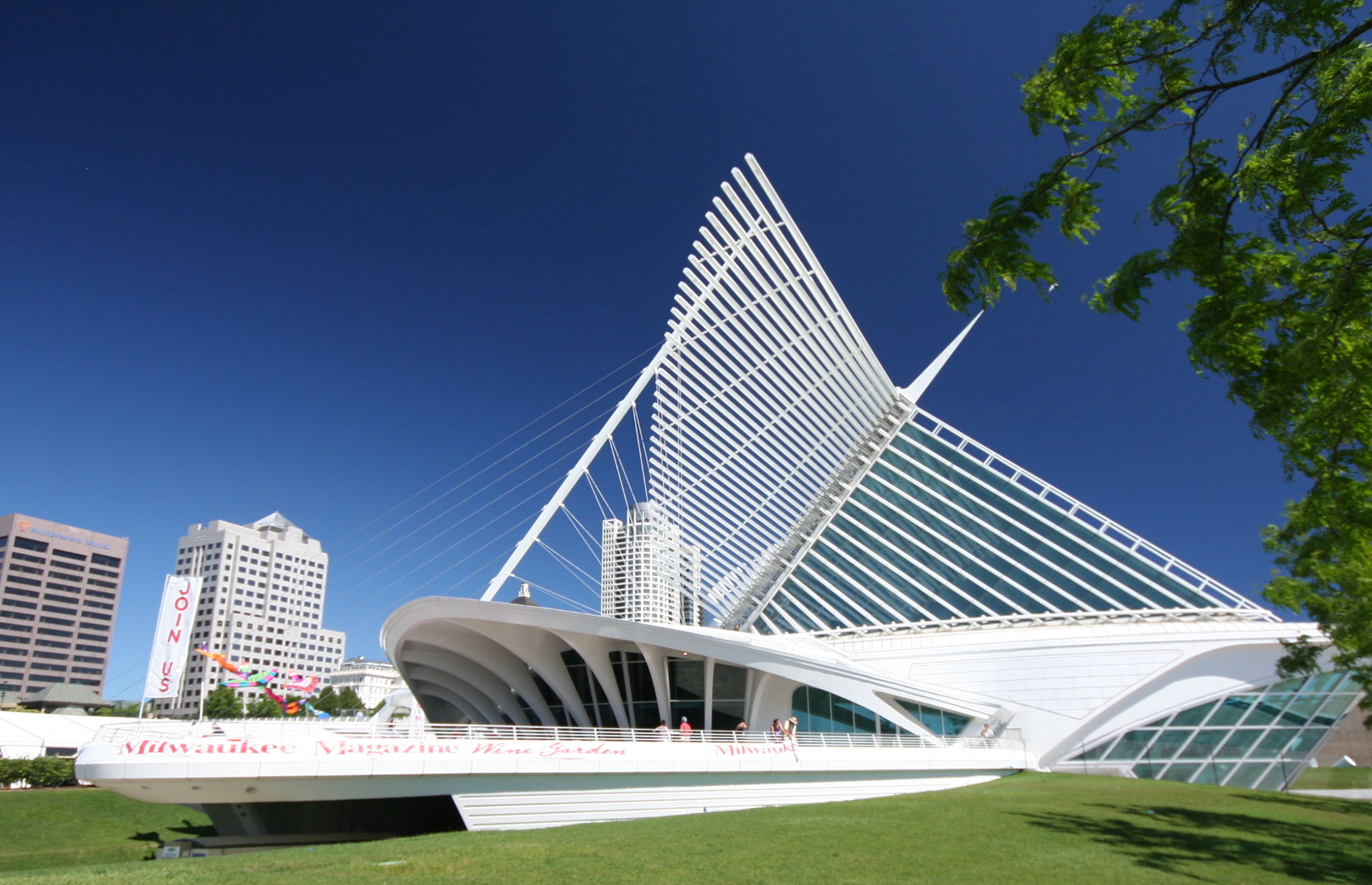 Milwaukee Art Museum has helped to transform the state's reputation, making it a cultural hub
