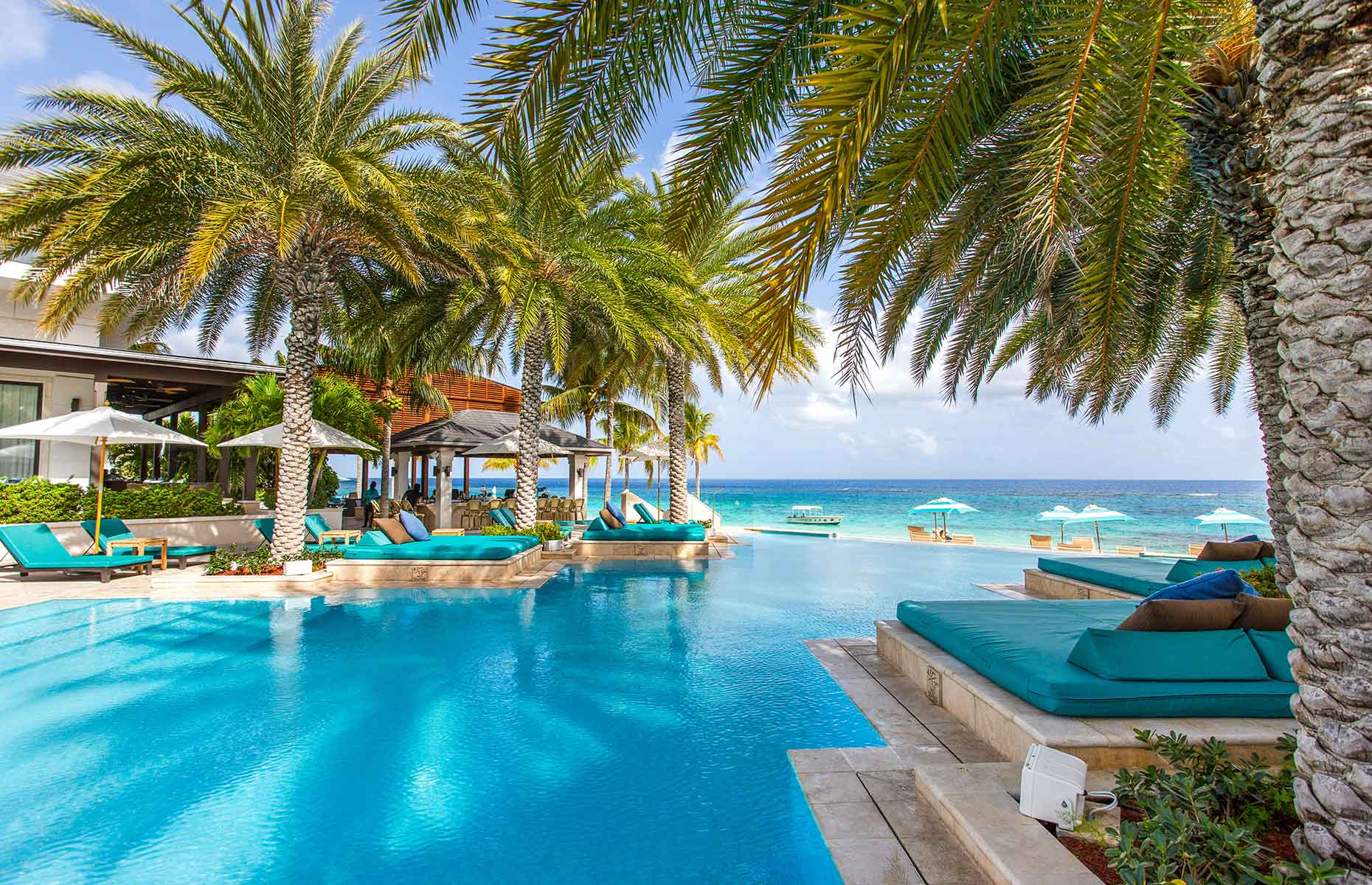 Zemi Beach House & Resort, Pool