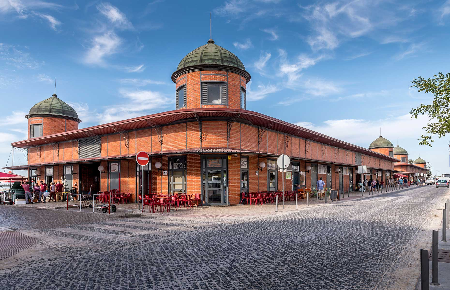 The fish market at Olhao (Image: Bob Deering/Shutterstock)
