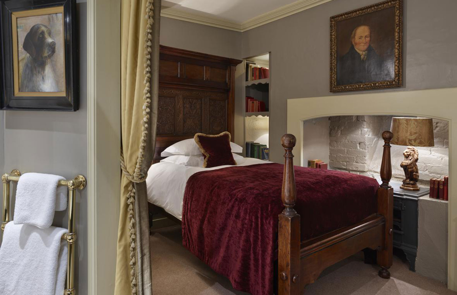 Hazlitt's hotel is a must if you're looking for a historic hotel in London