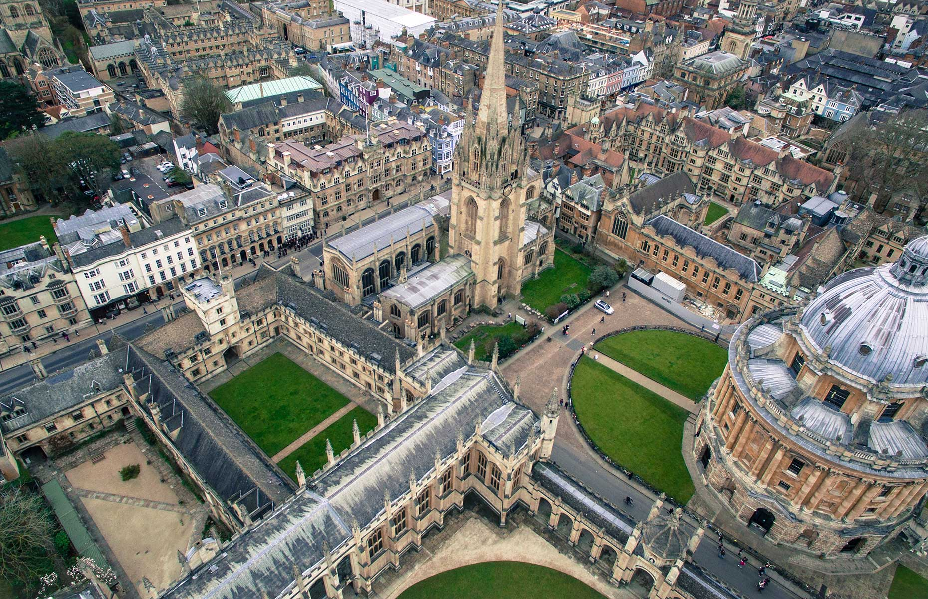Oxford with its dreaming spires is around 60 minutes from London