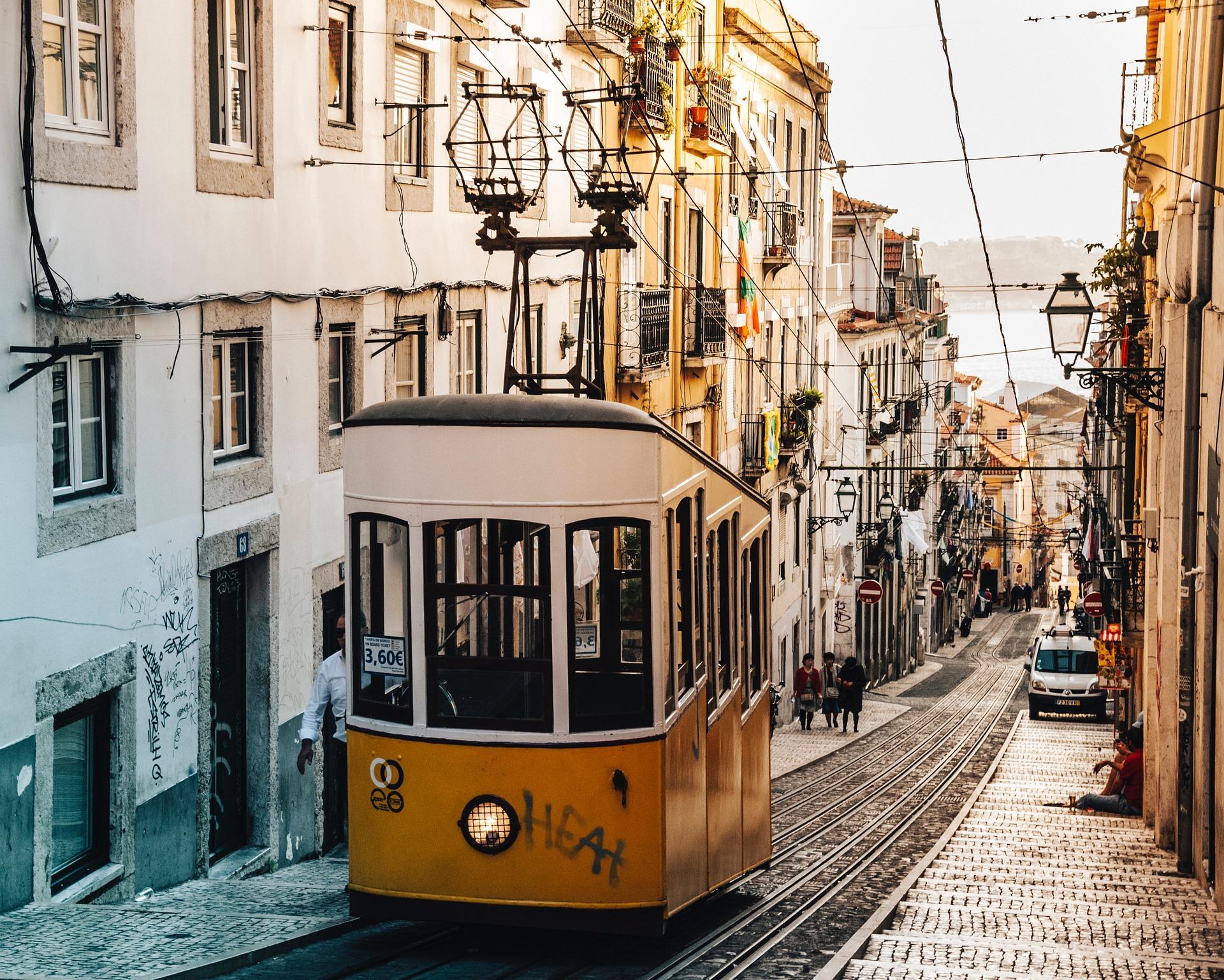 Trolley, Lisbon, Tram