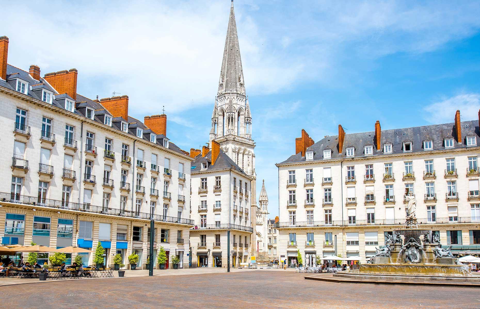 Matrimoniale NANTES | Barbati si femei din Loire-Atlantique | kostantin.ro