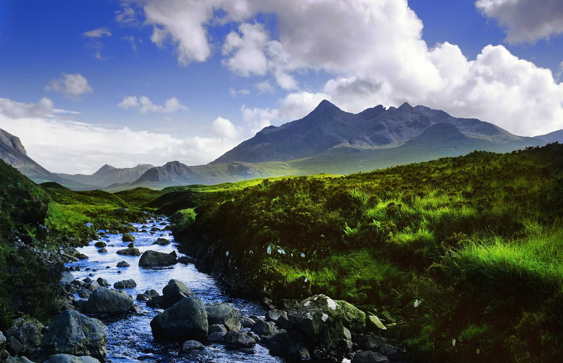 Black Cuillin Mountains, Skye, Scotland (Image: David Hughes/Shutterstock)