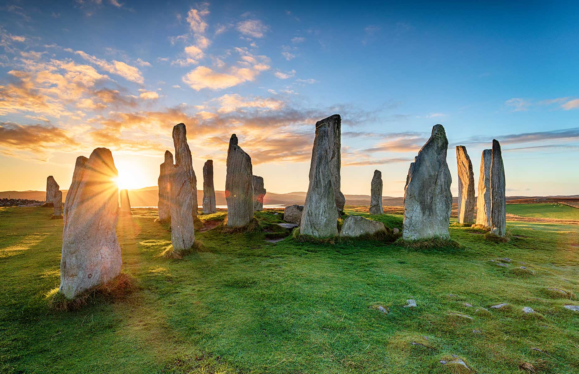 Calanais Standing Stones, Lewis, Scotland (Images: Helen Hotson/Shutterstock)