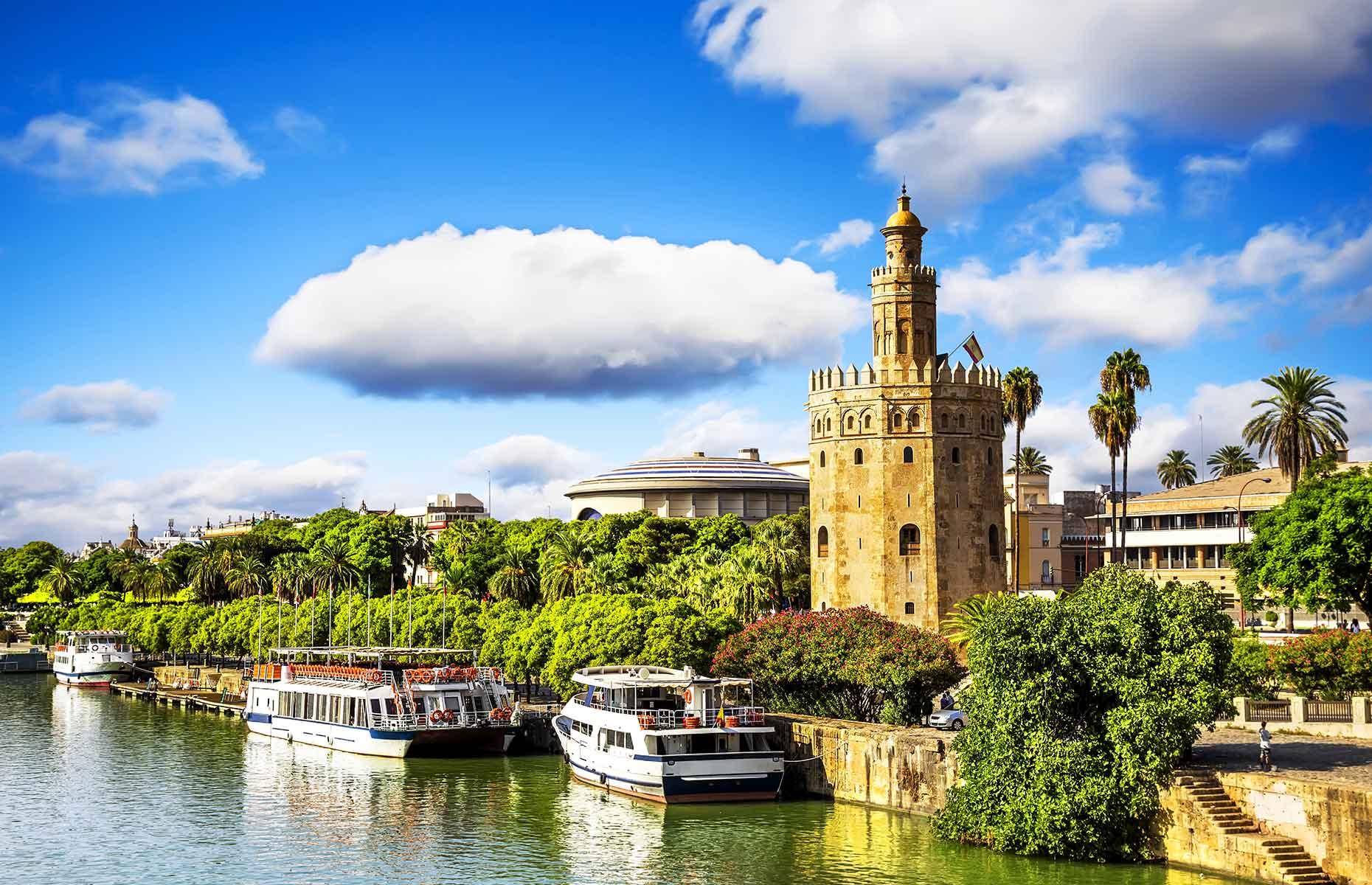 The Torre Del Oro, Seville, faces the river