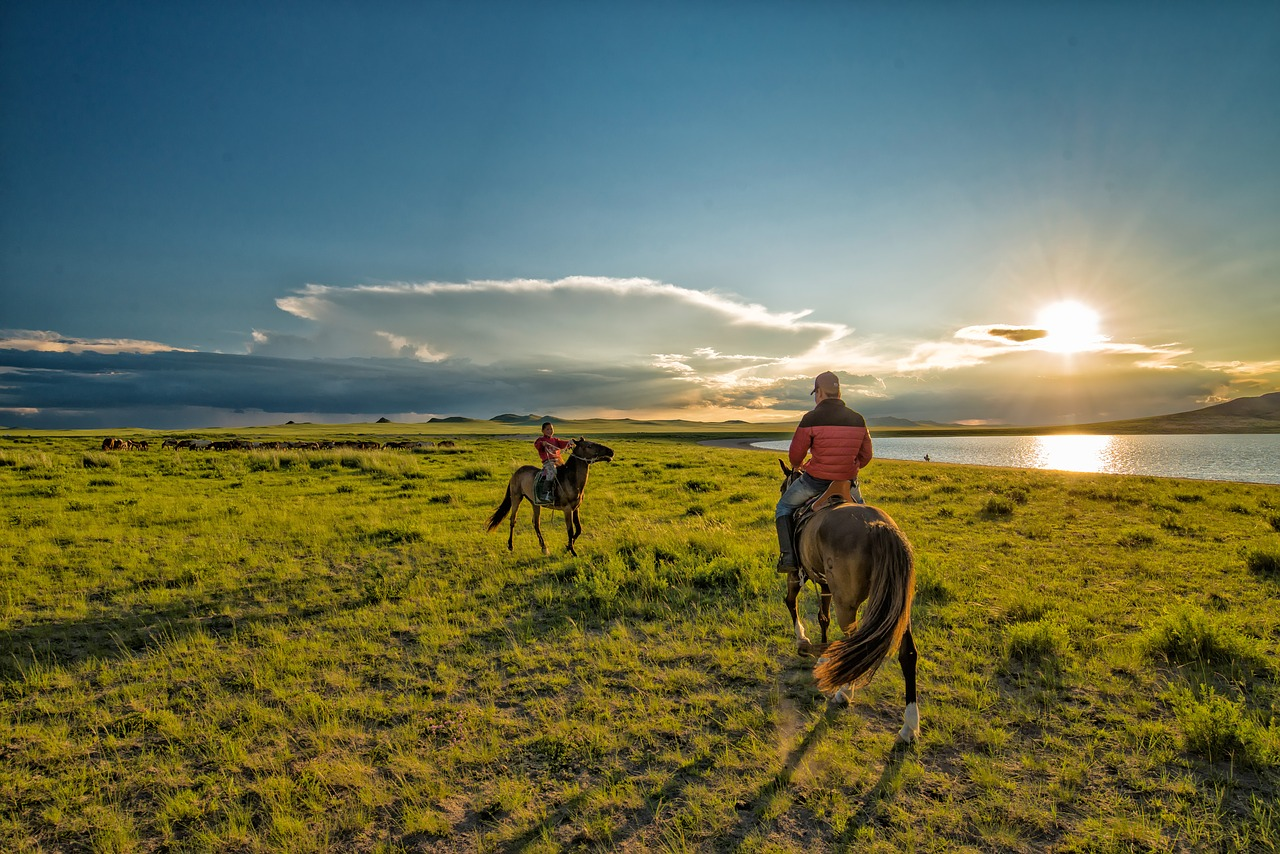 Mongolia, nomadic horsemen