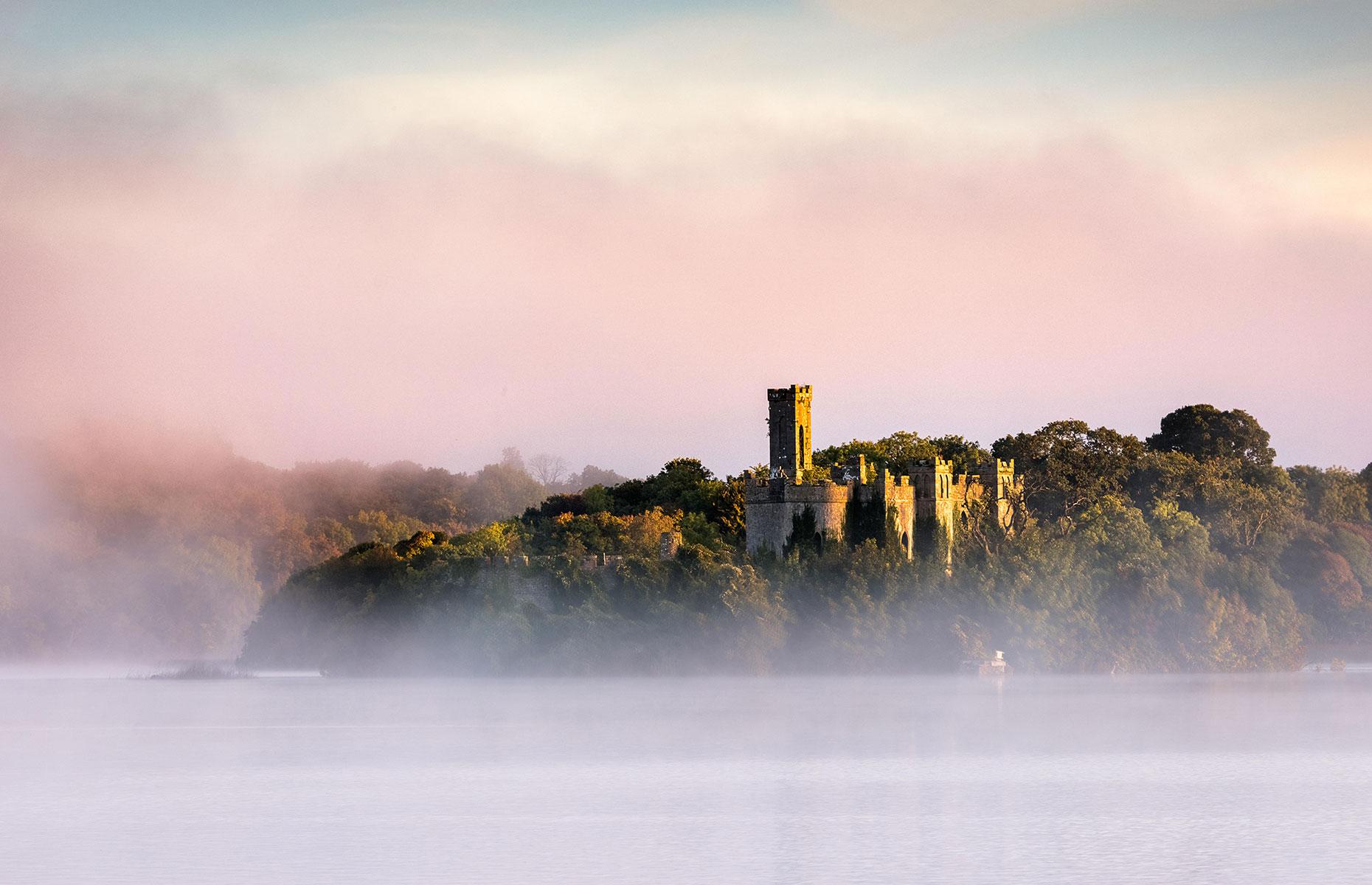 McDermott's Castle, Roscommon County photographed in the mist (robertharding/AlamyStock Photo)