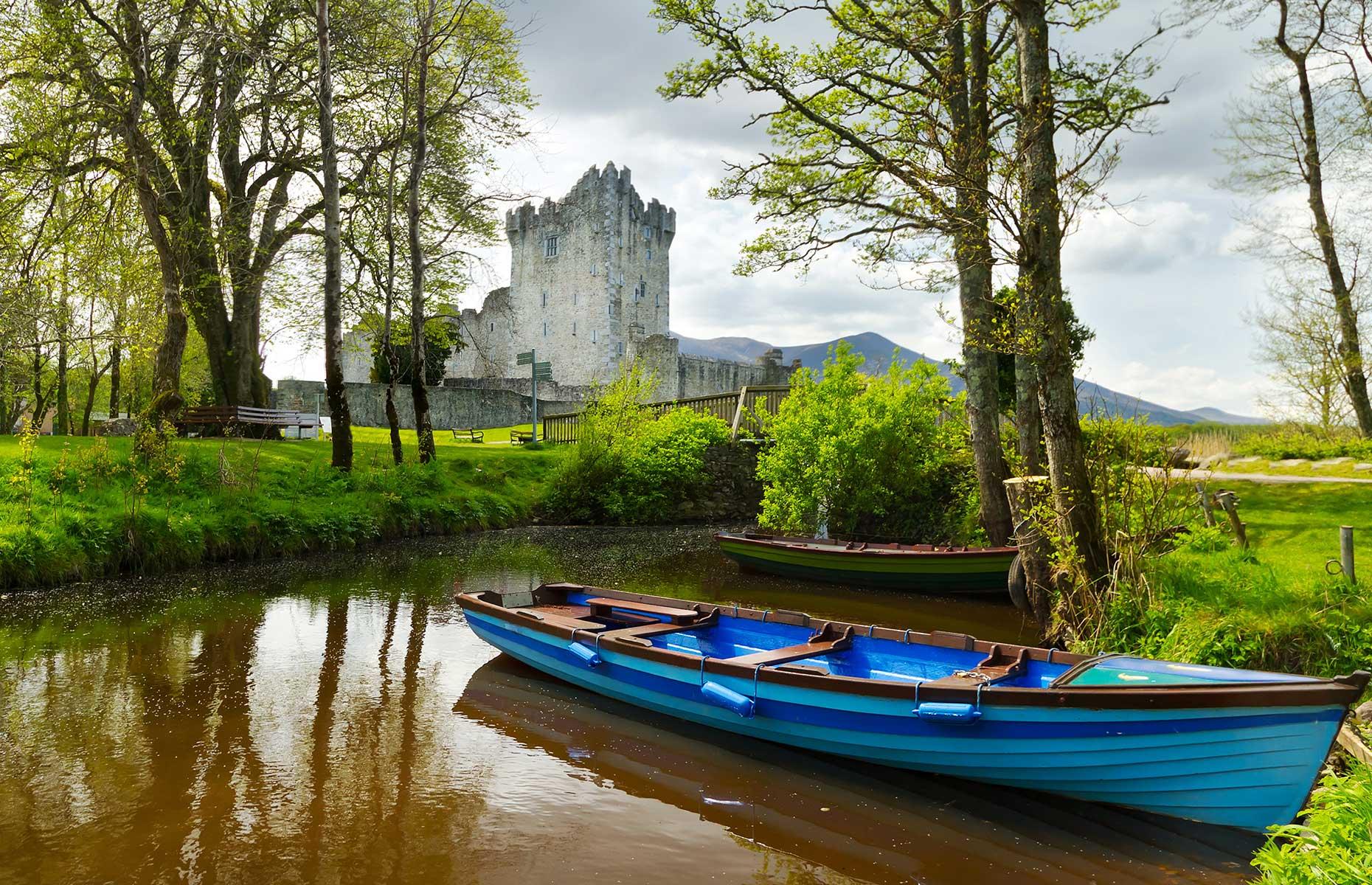 Ross Castle (Patryk Kosmider/Shutterstock)