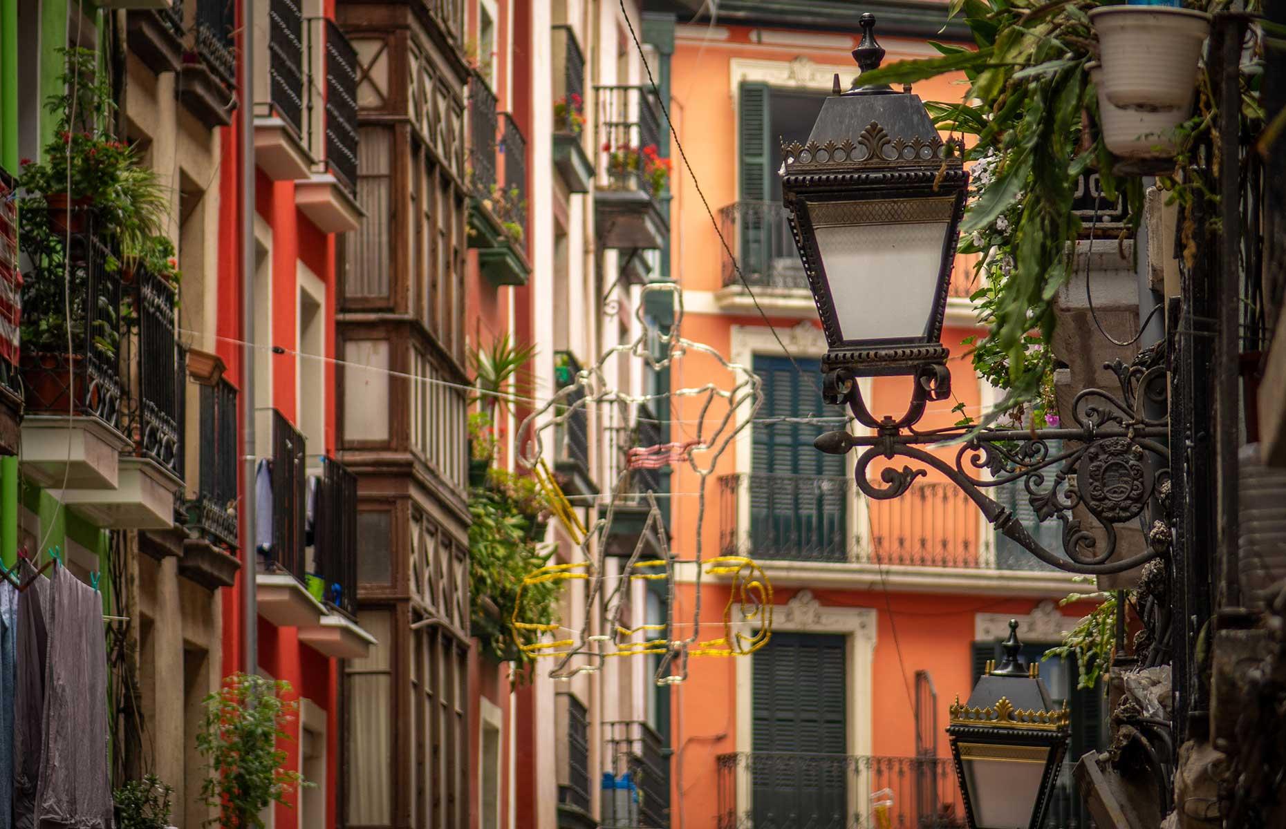 Bilbao's Old Town (Image: Stefan Lenz/Shutterstock)