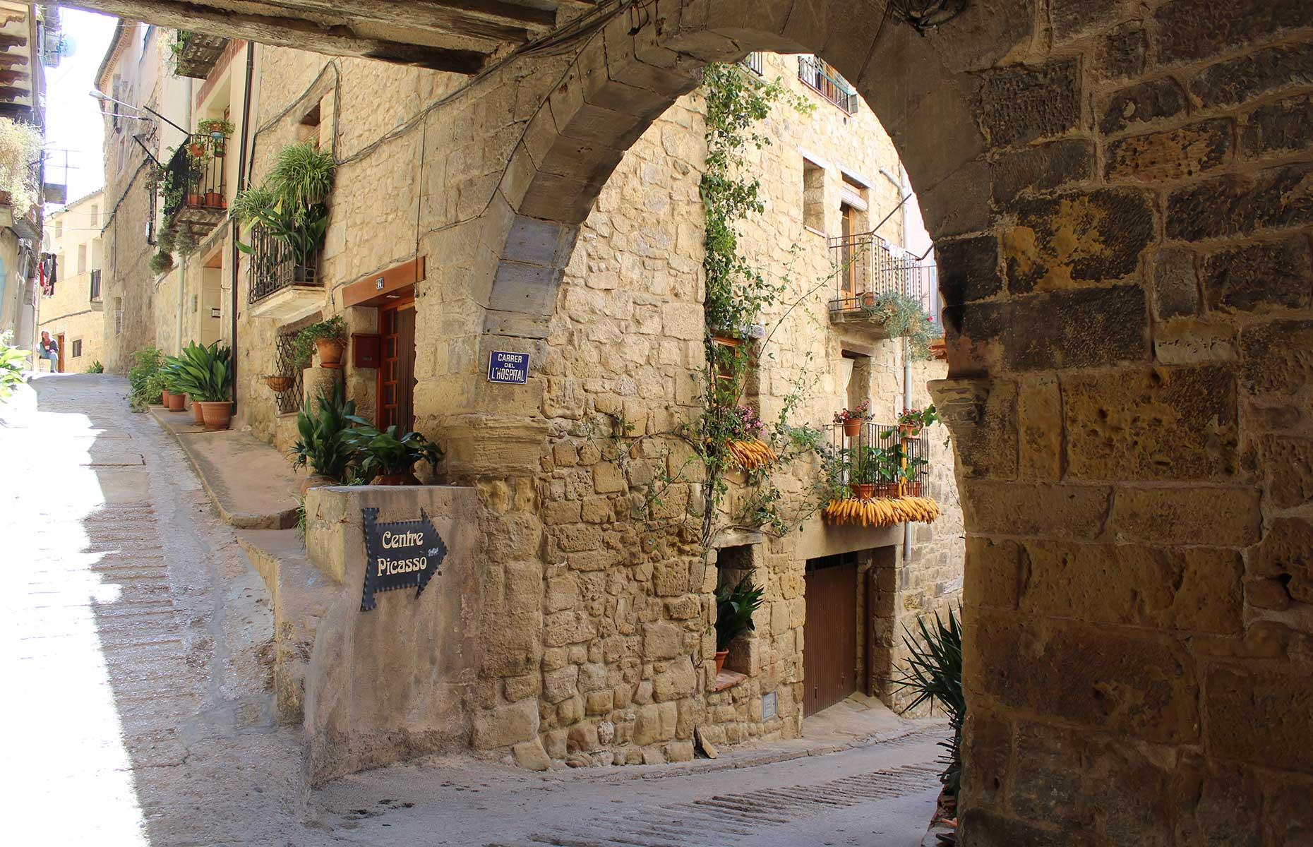 Horta de Sant Joan (Images: Besides the Obvious/Shutterstock)