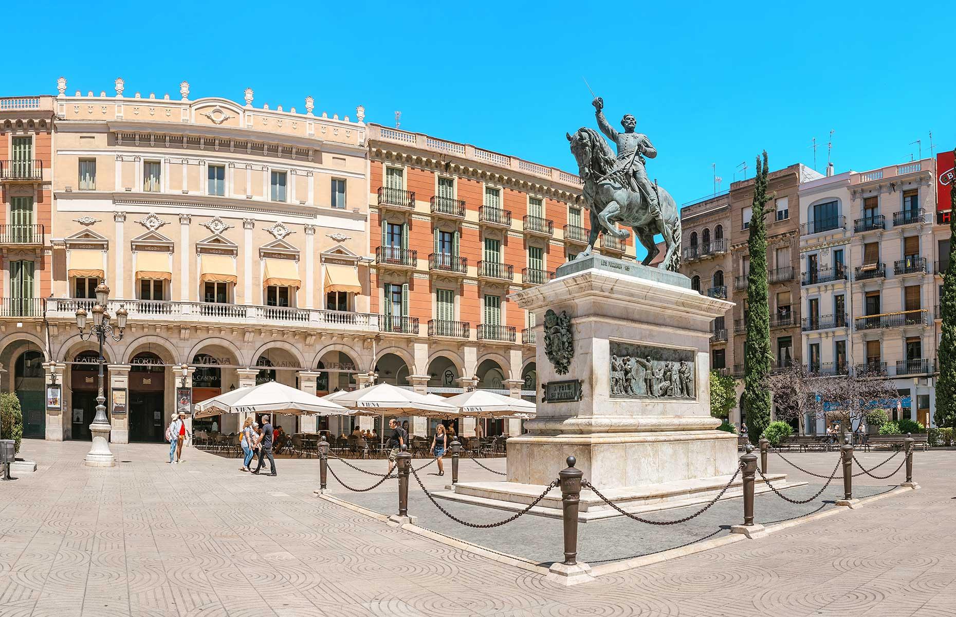 Prim square, Reus, Catalonia (Image: frantic00/Shutterstock)