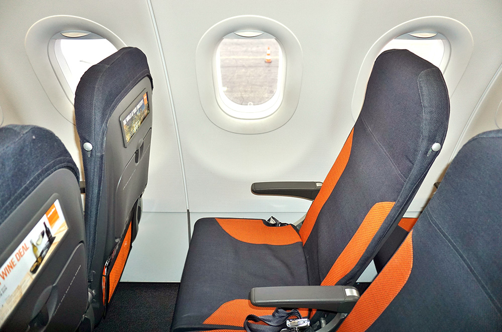 easyJet seating, easyJet vs Ryanair comparison