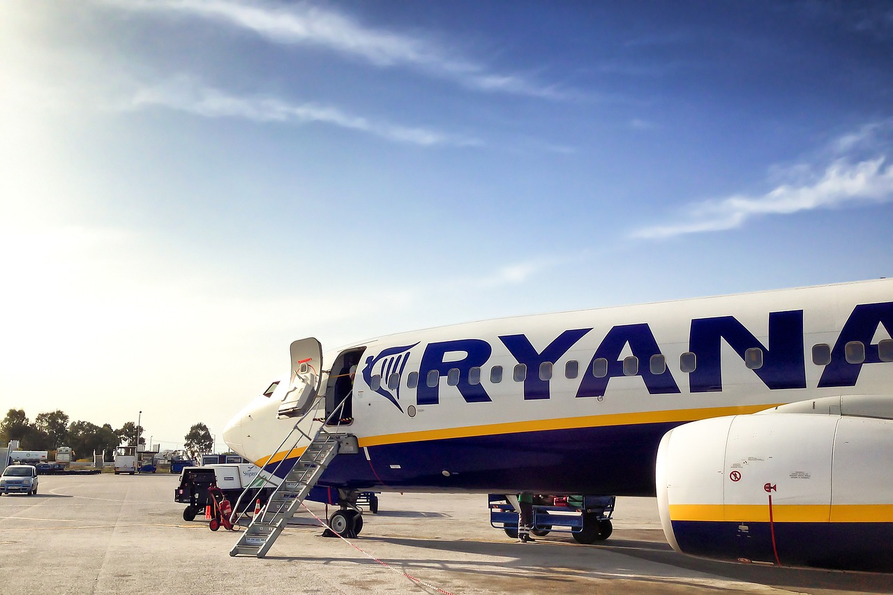 easyJet vs ryanair: punctuality