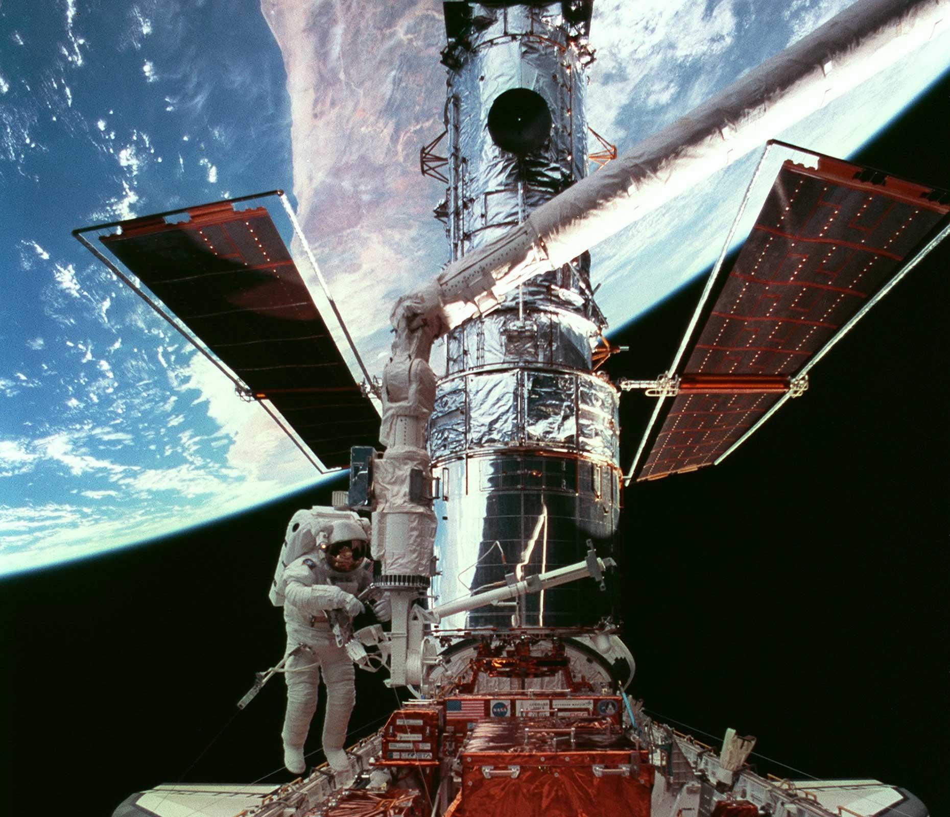 Hubble Space Telescope (Image: Courtesy of Steve Smith/NASA)