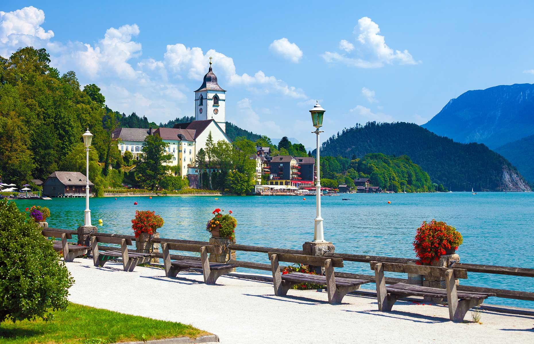 Wolfgangsee, Austria (Image: Pixachi/Shutterstock)