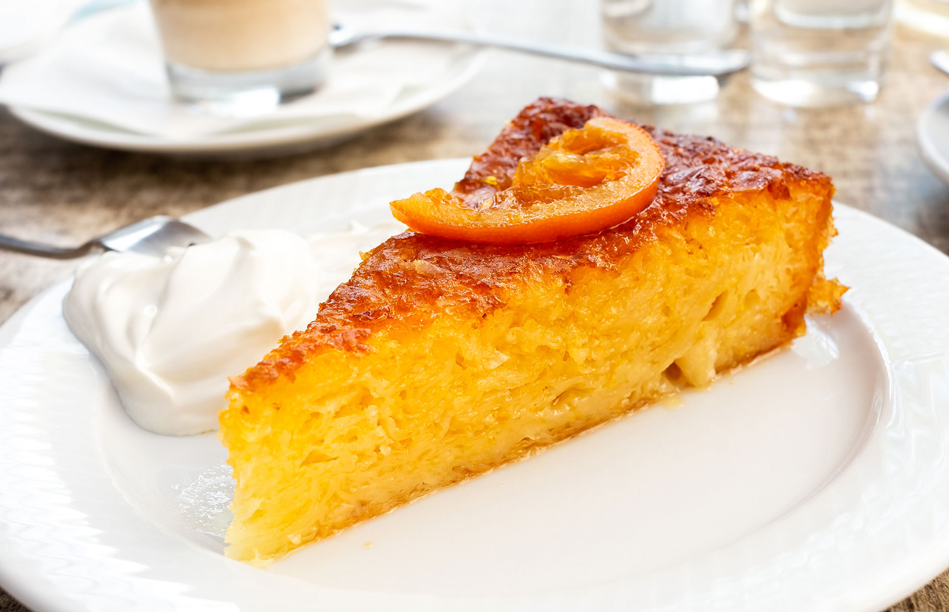 Greek orange cake in the Peloponnese (Image: Moving Moment/Shutterstock)