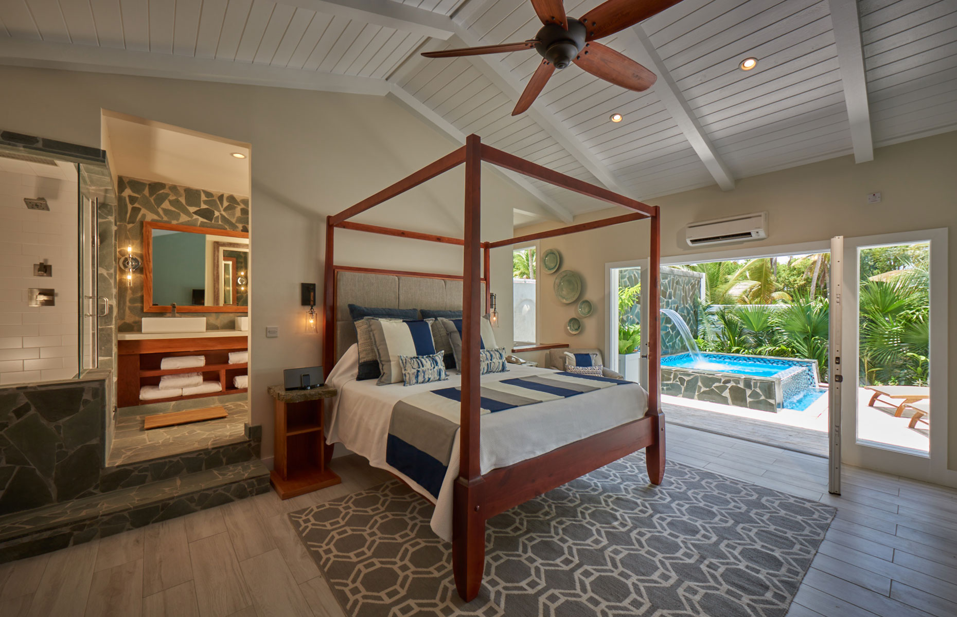 A plunge pool suite at the Serenity at Coconut Bay hotel (Image: Courtesy of Serenity at Coconut Bay)