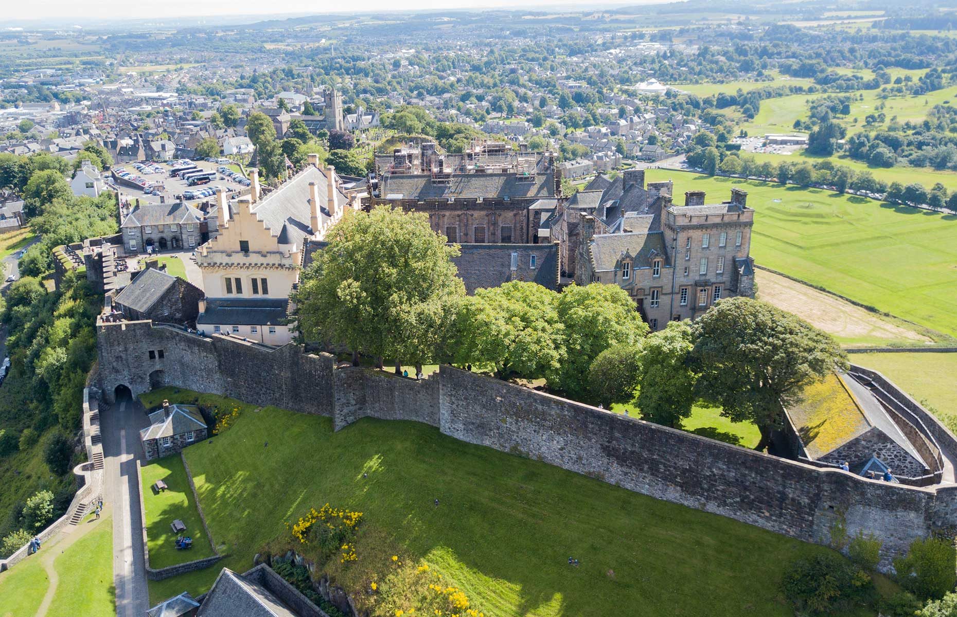 Stirling and it's castle, Scotland (Image: Craig Duncanson/Shutterstock)