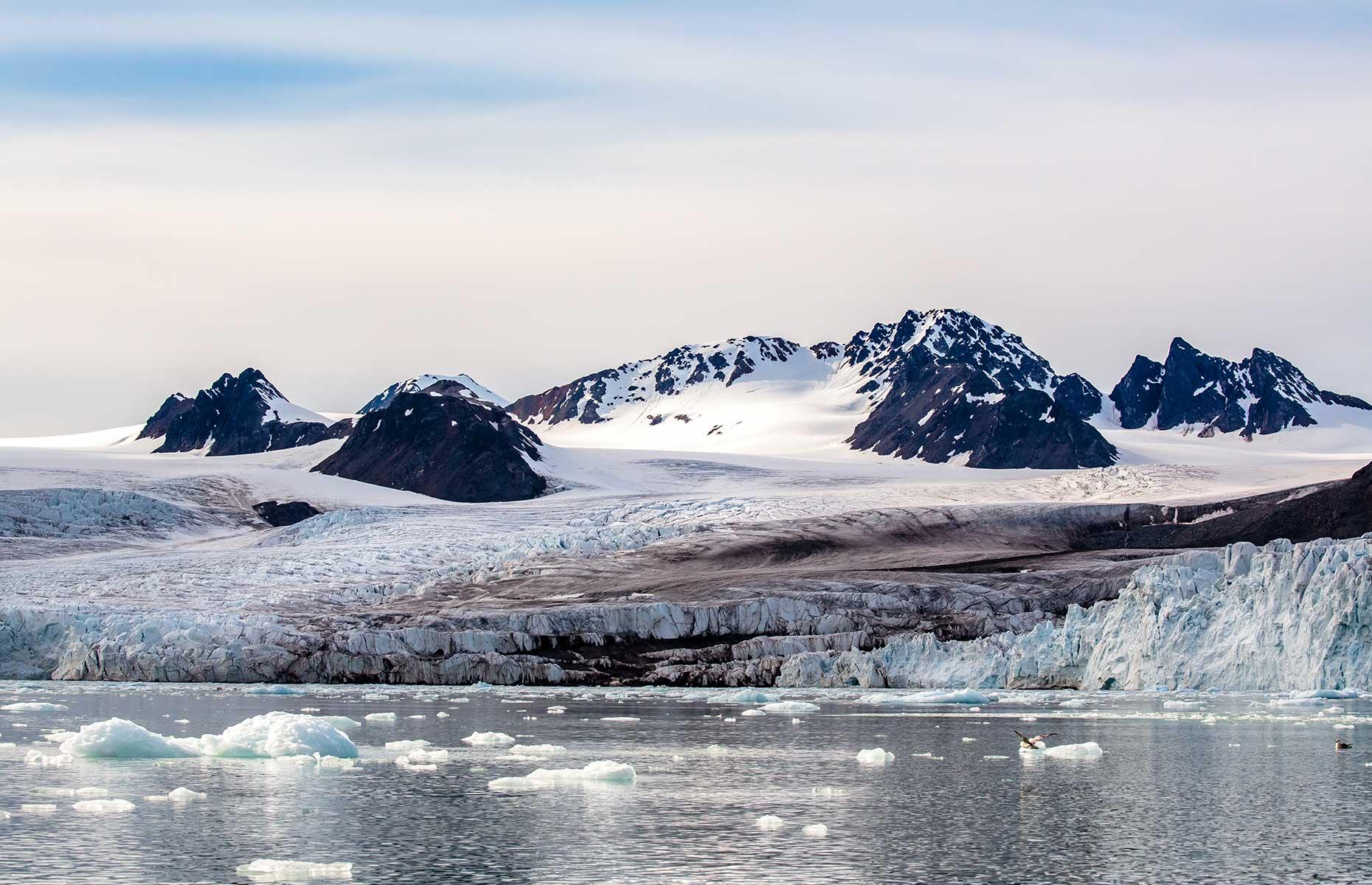 Lillehookbreen glacier, Svalbard (Image: Jo Crebbin/Shutterstock)