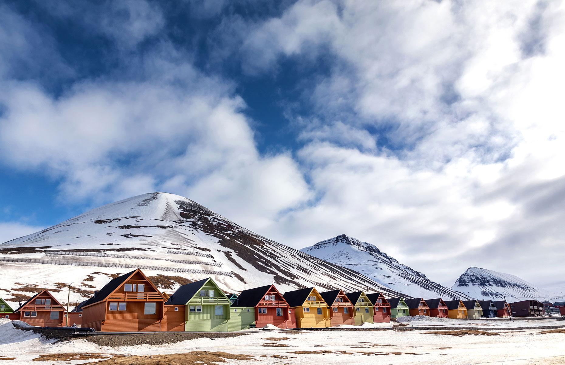 The town of Longyearbyen in Svalbard (Image: Jane Rix/Shuttertock)