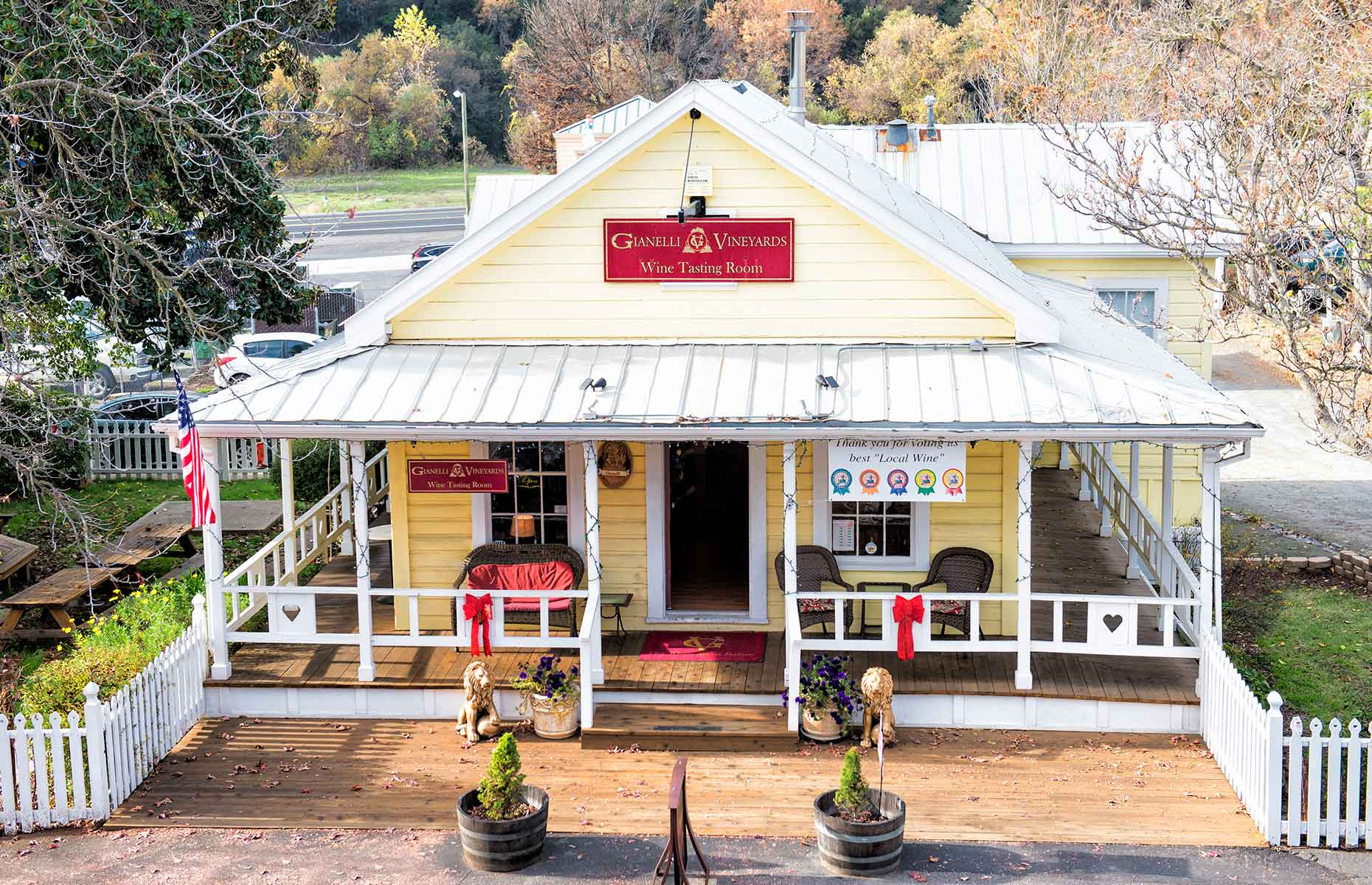 Gianelli Vineyards' wine tasting room in Jamestown (Image: Menka Belgal/Gold Country/Visit Tuolumne County)