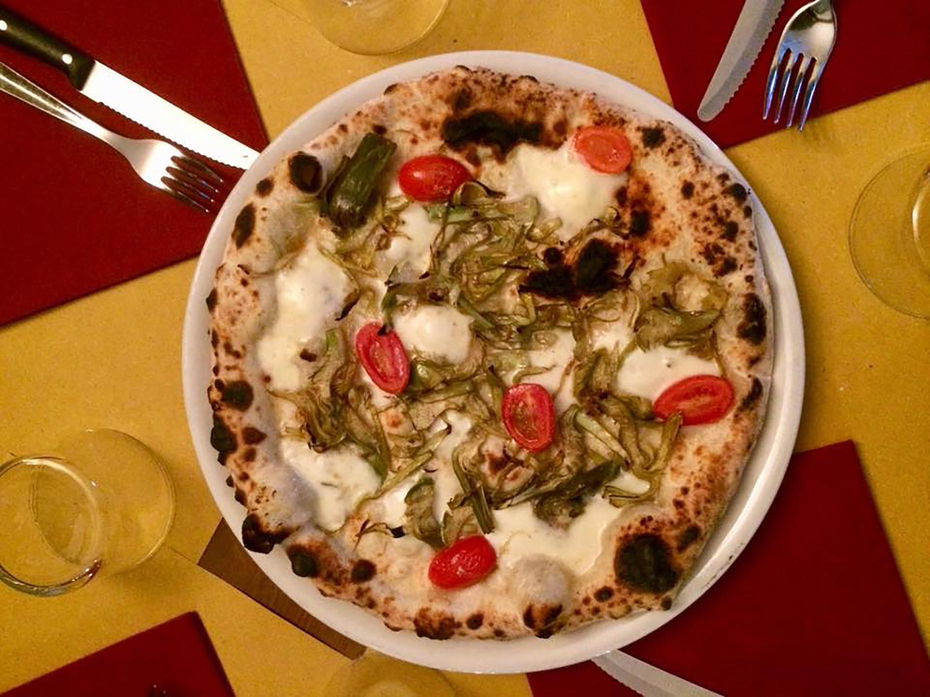 Pizzeria IV Marzo pizza
