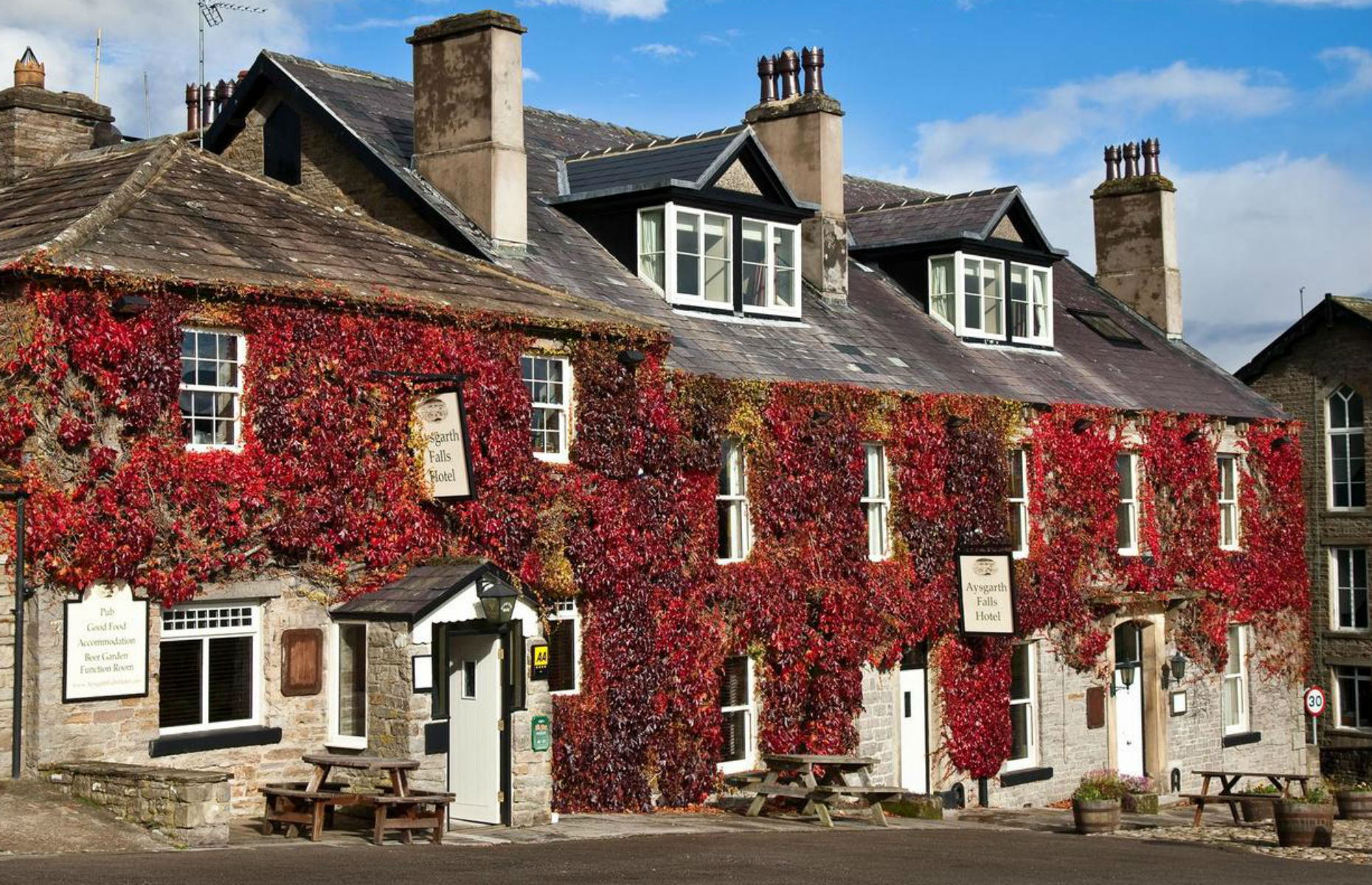 Aysgarth Falls Hotel (Image: Booking.com)