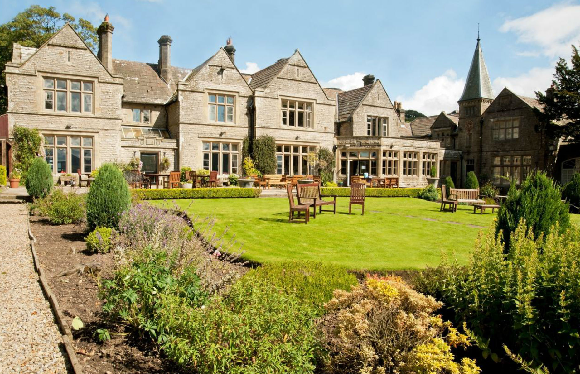 Simonstone Hall (Image: Booking.com)
