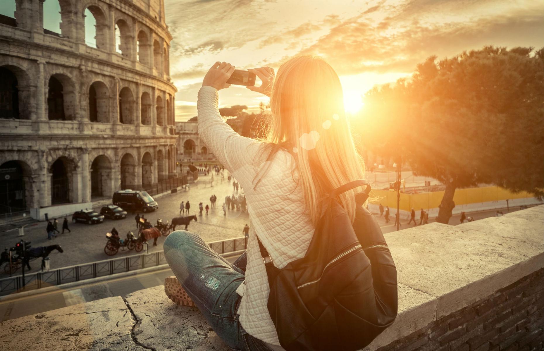 Rome traveller