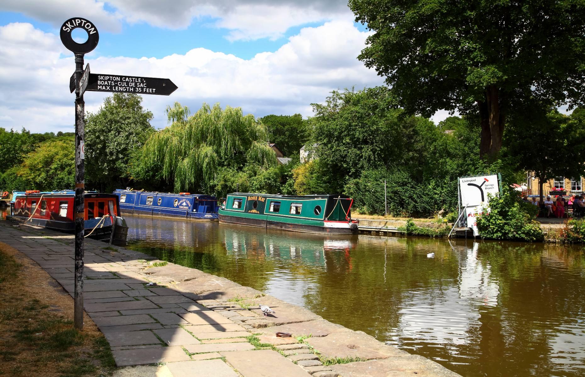 Leeds-Liverpool canal (Image: Andrew E Gardner/Shutterstock)