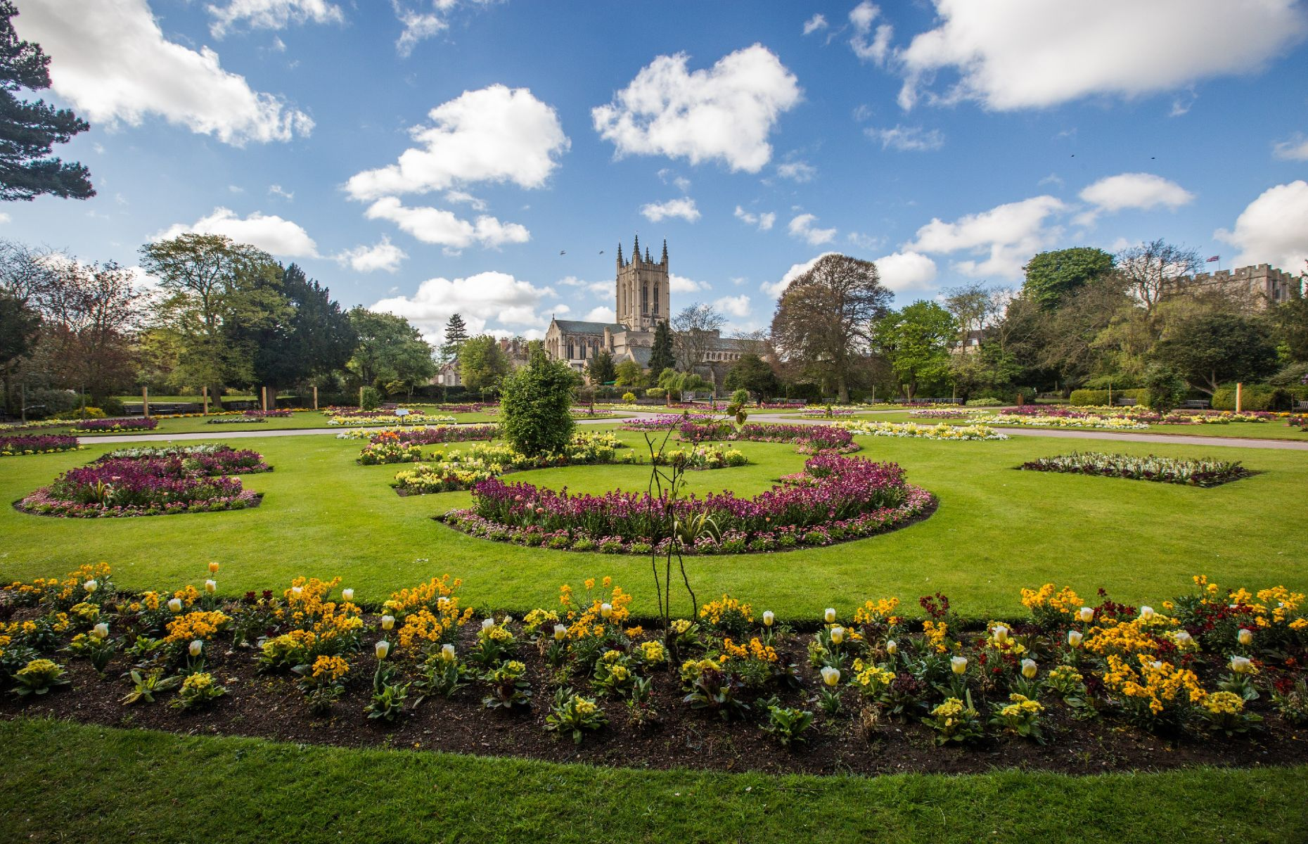Abbey gardens and cathedral (Image: Visit Suffolk)