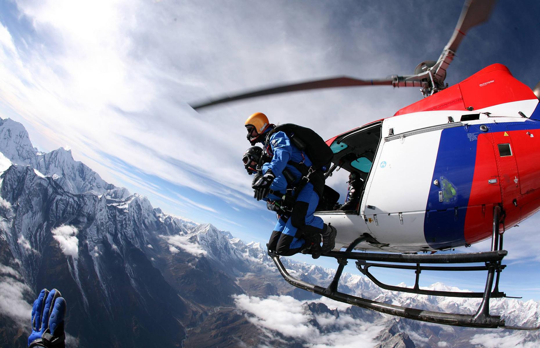 Everest sky dive