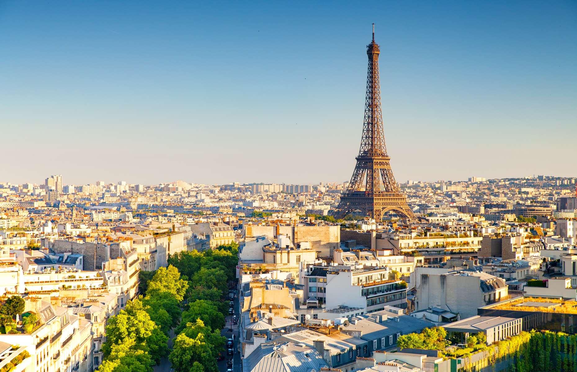 Eiffel Tower in Paris (image: Sean Hsu/Shutterstock)
