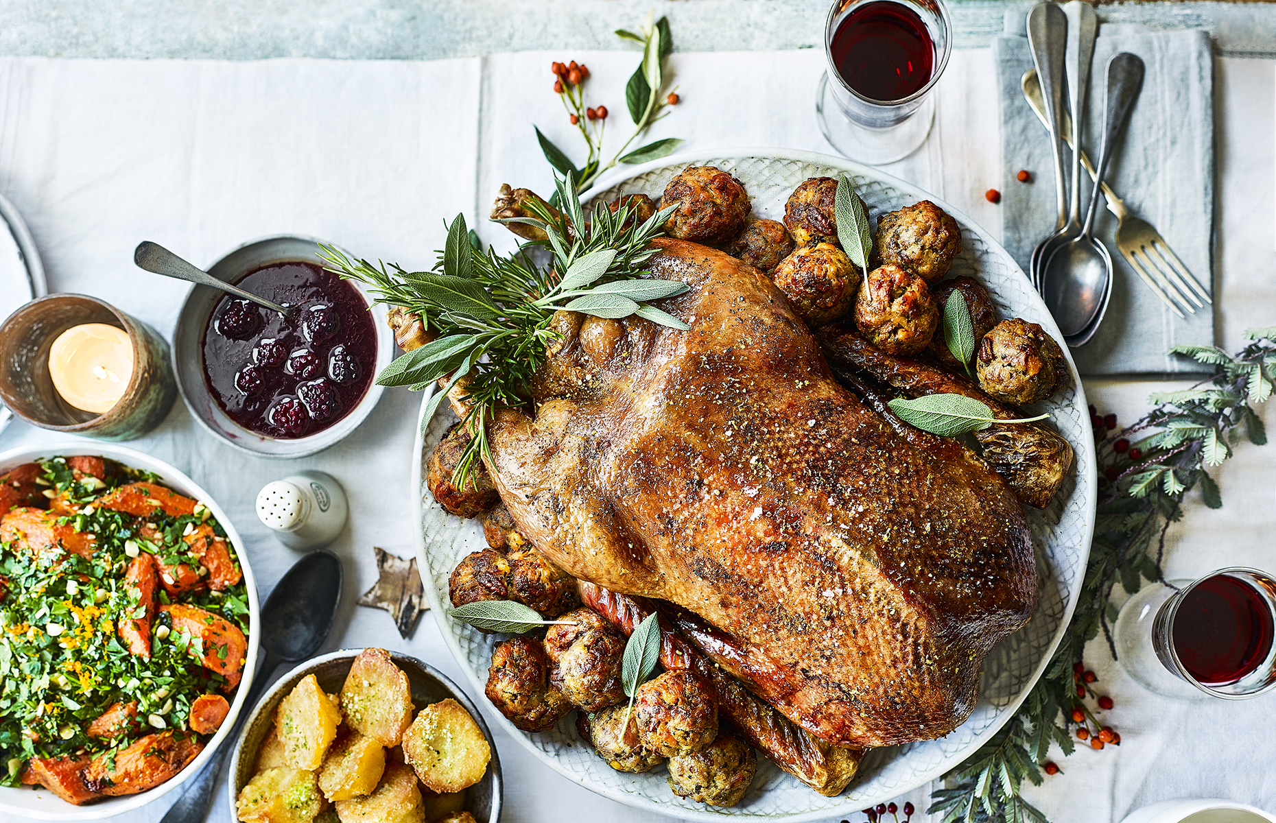Roast goose with pecan stuffing