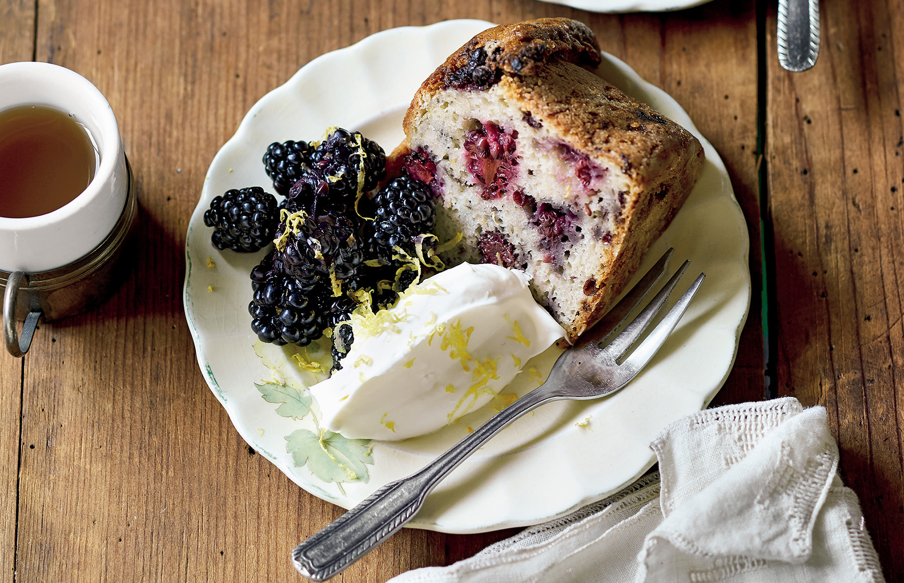 Blackberry and coffee cake