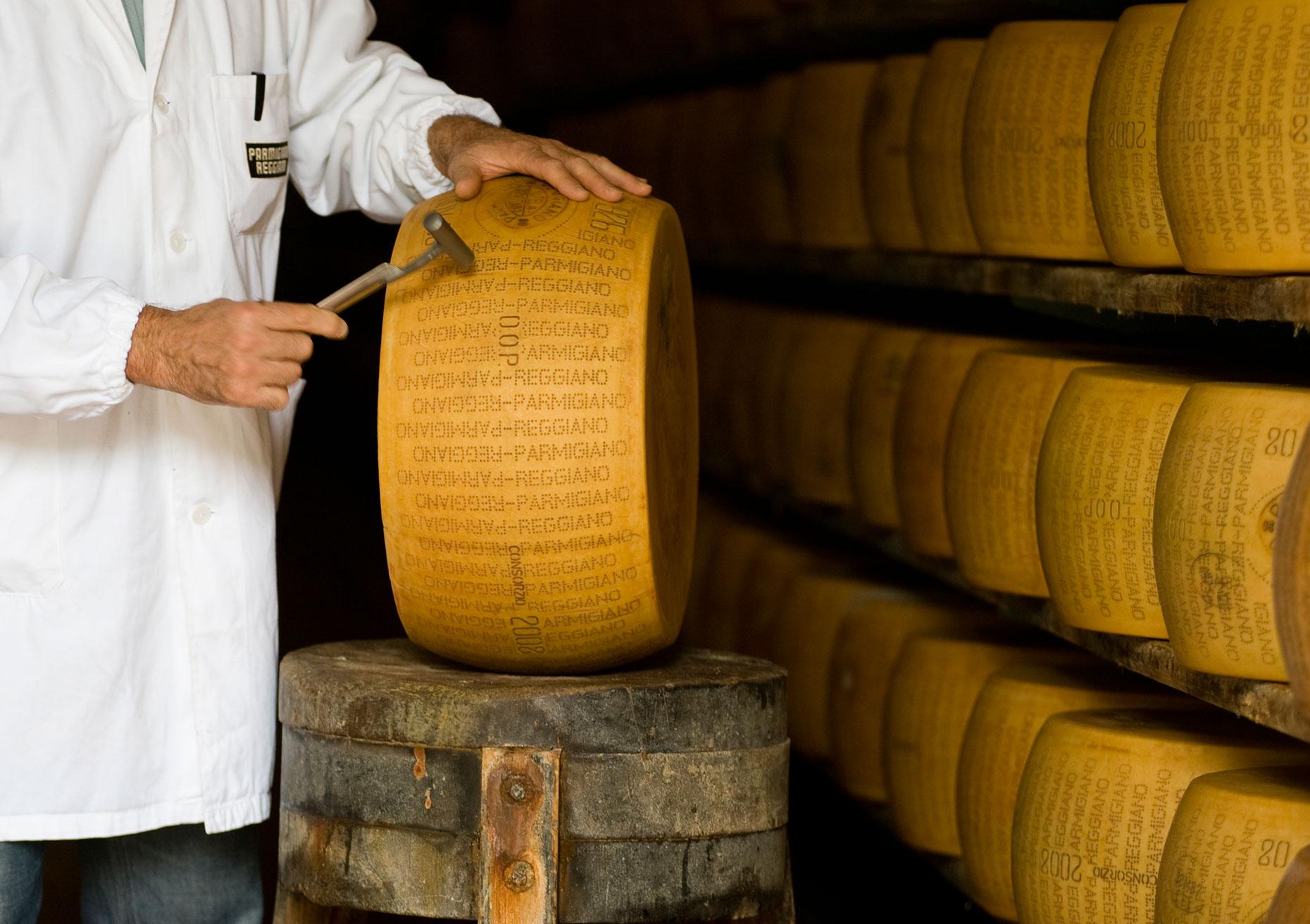 Testing Parmigiano Reggiano (Image: Courtesy of Consortium of Parmigiano Reggiano)