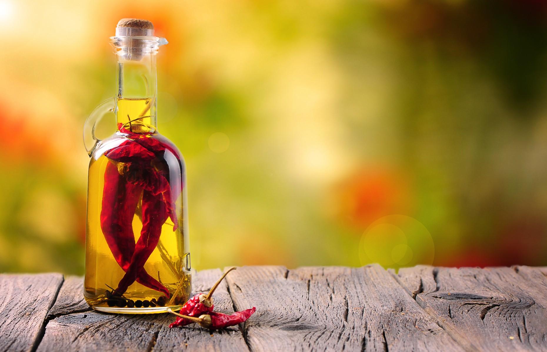Chilli oil (Image: Fabio Balbi/Shutterstock)