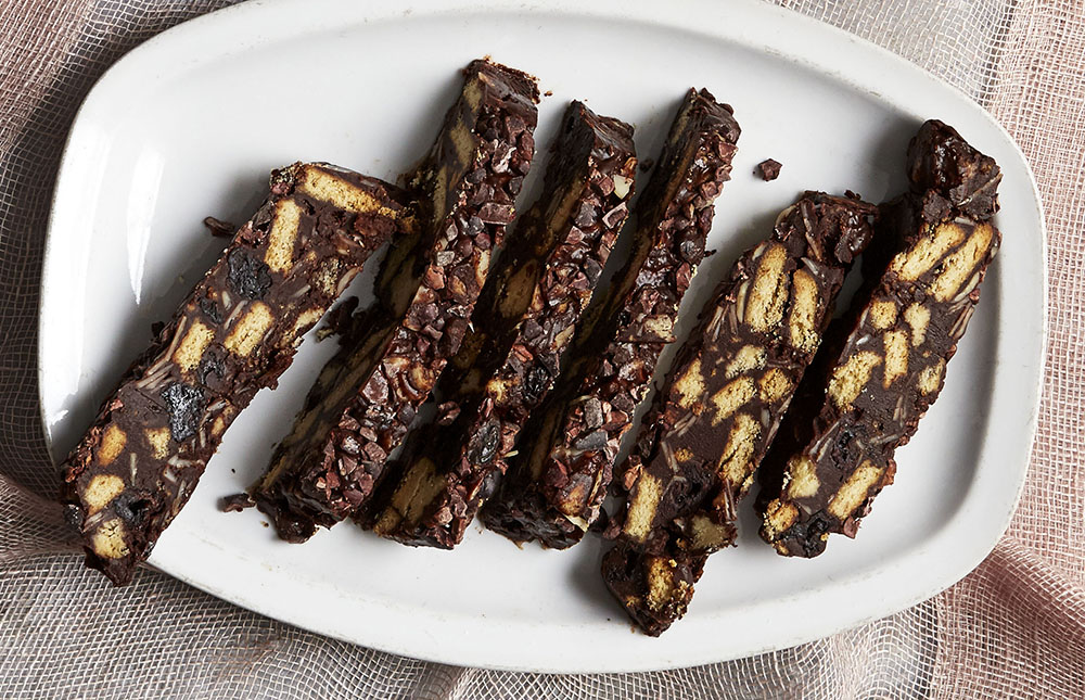 Cherry chocolate tiffin