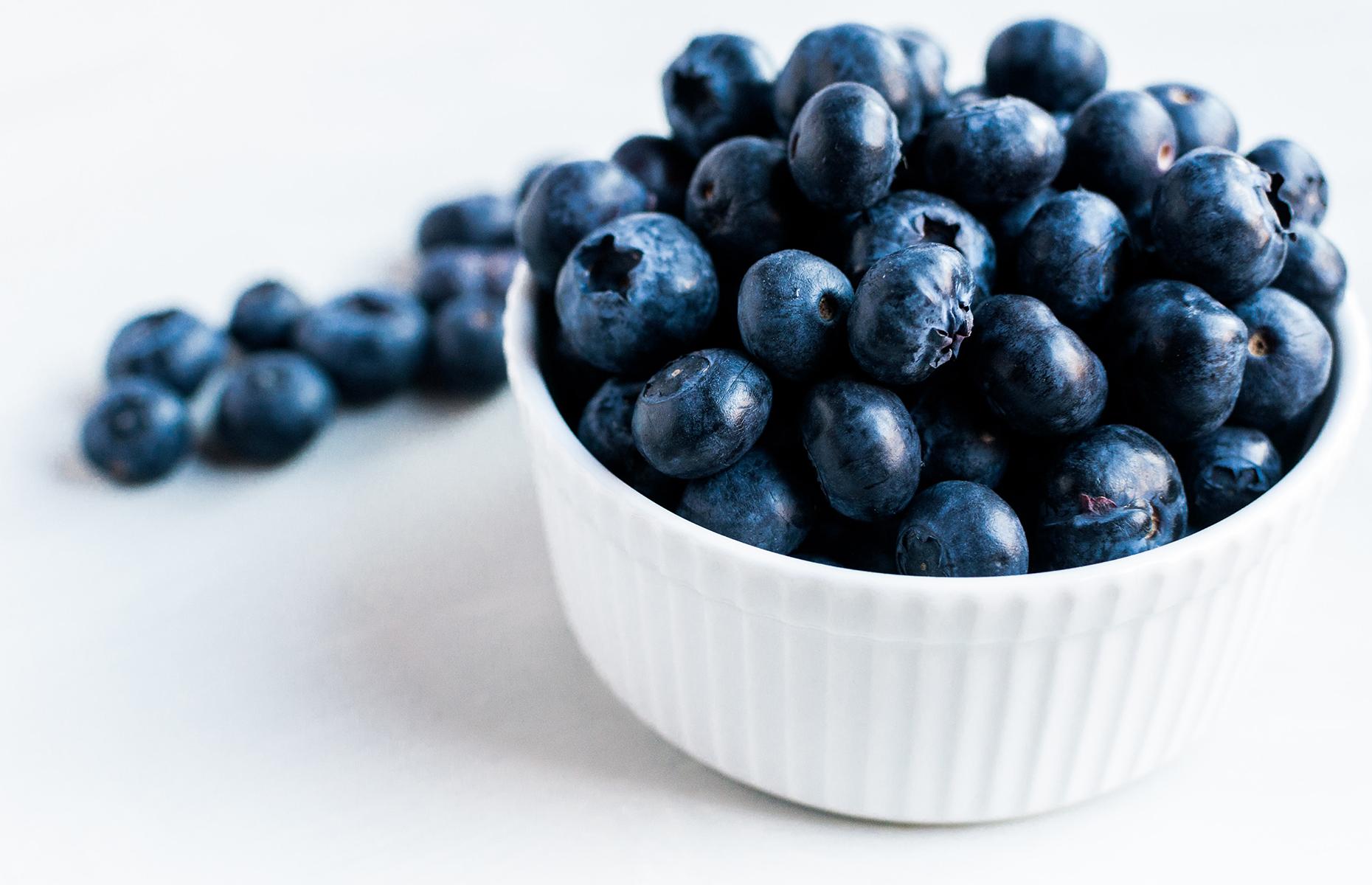 A pot of blueberries (Image: Vanesa conunaese/Unsplash)