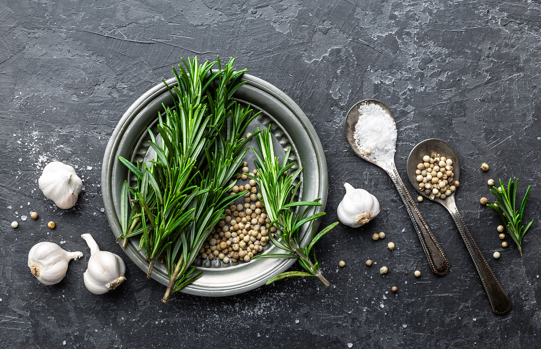 Rosemary, garlic and white peppercorns (Image: Sea Wave/Shutterstock)