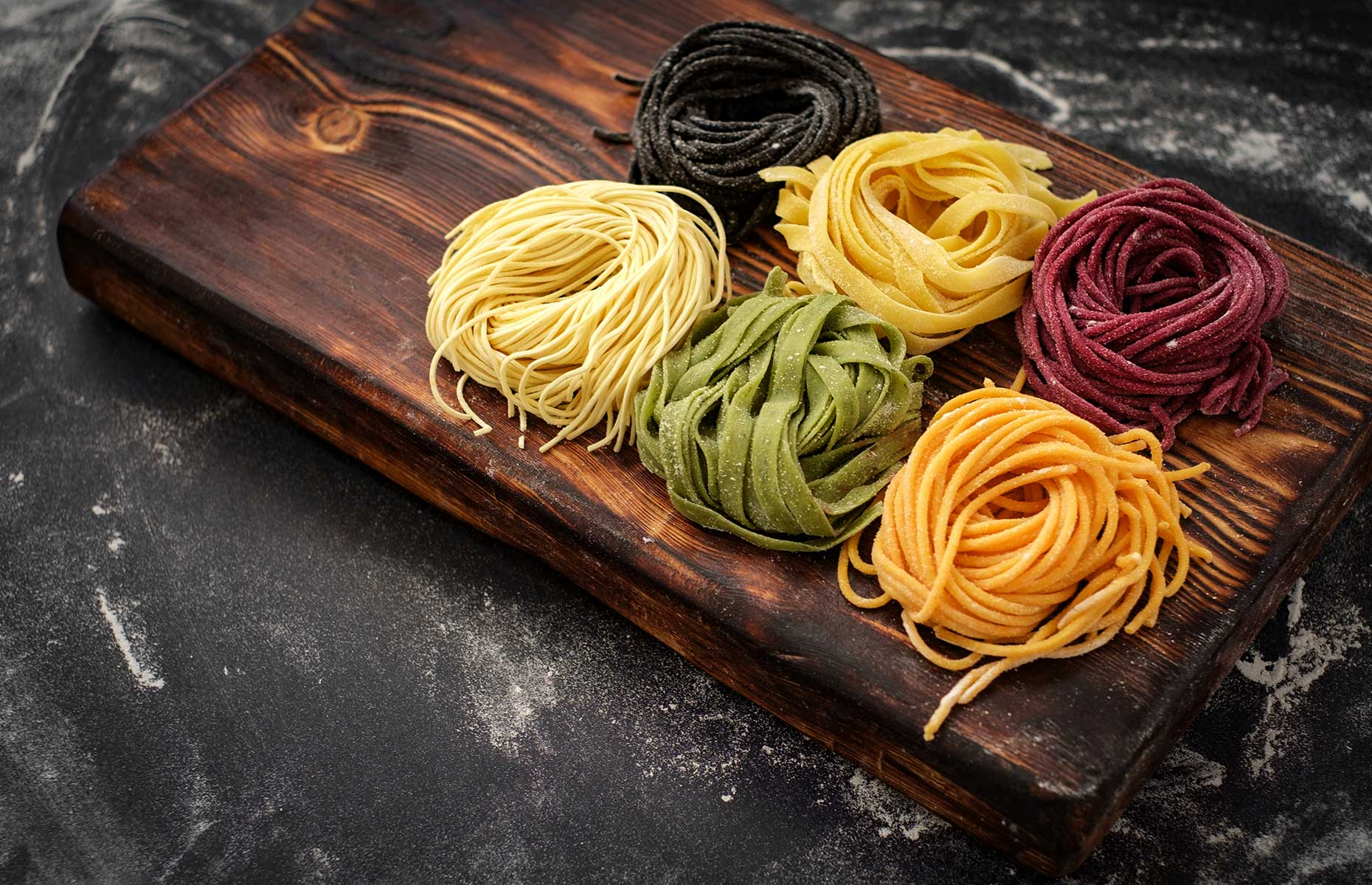 How to make colourful pasta at home with beetroot and spinach