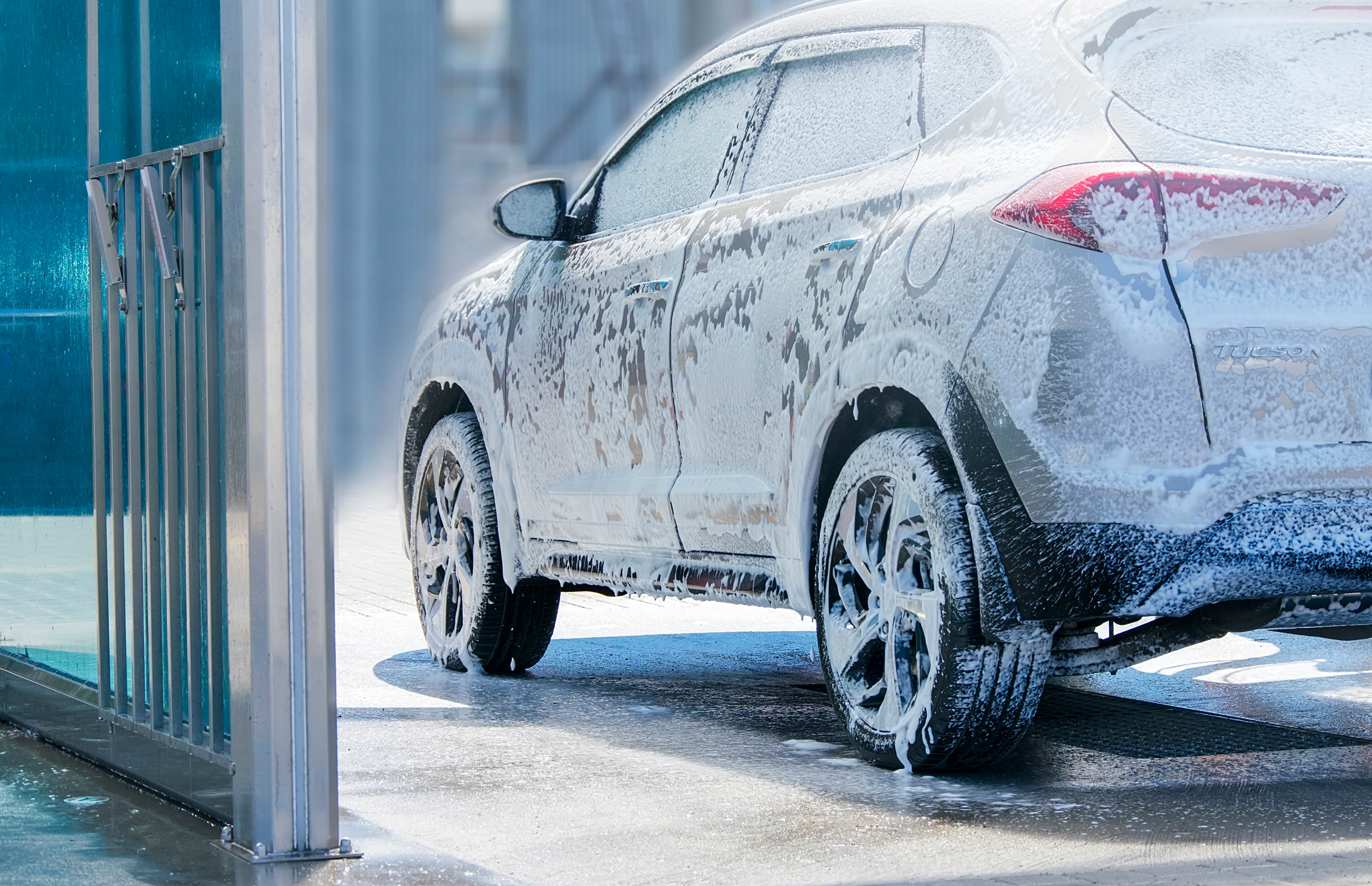 Get your car cleaned before selling it webuyanycar.com (image: Shutterstock)