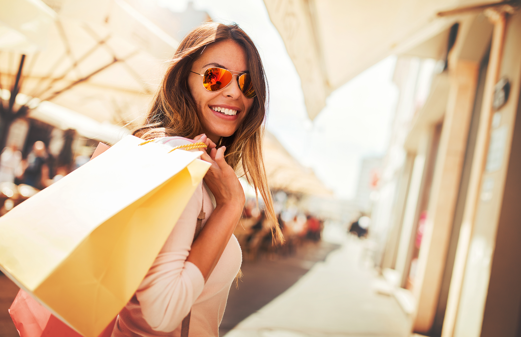 Woman shopping. (Image: Shutterstock)