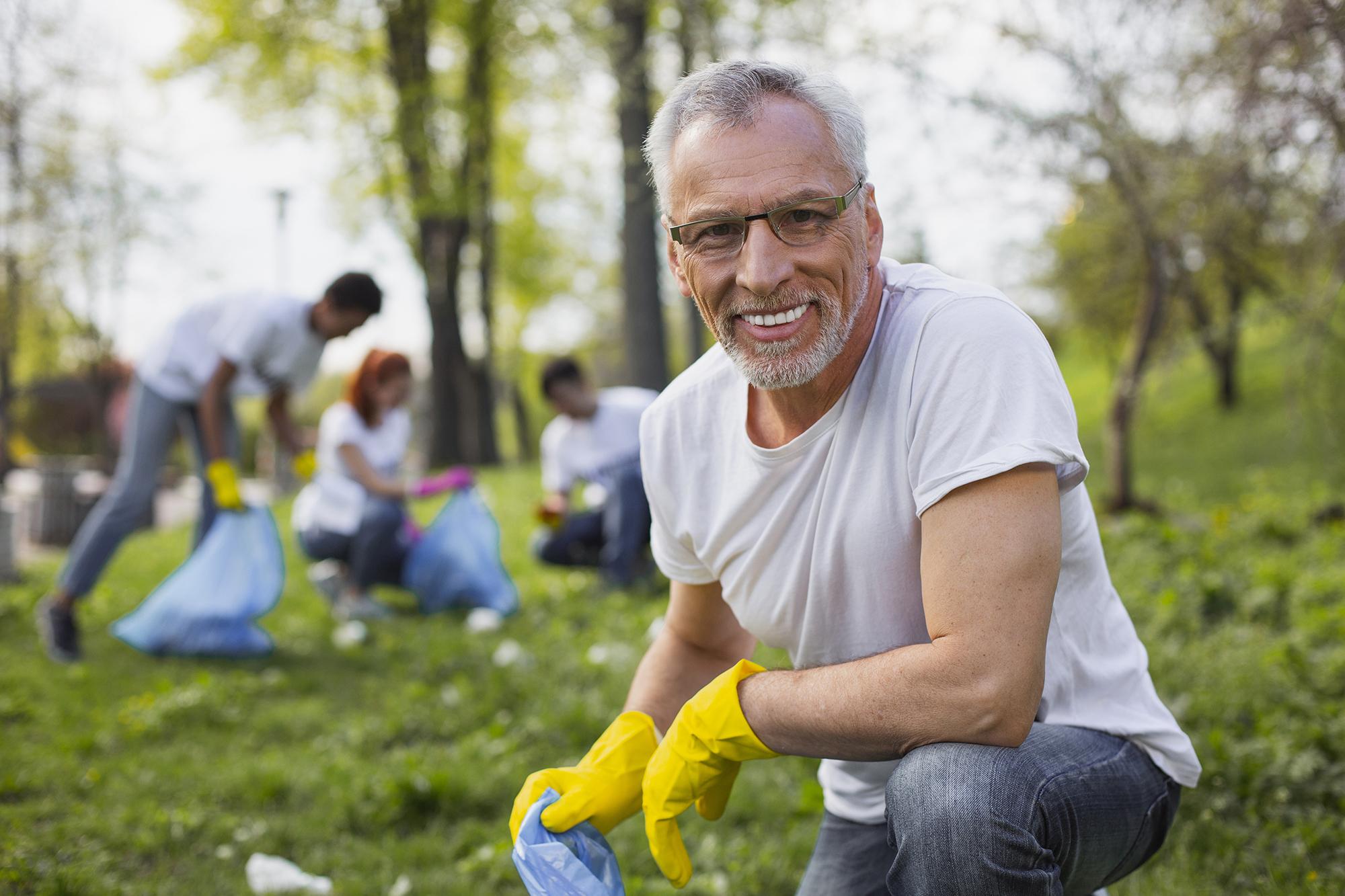 A retired volunteer. (Image: Shutterstock)