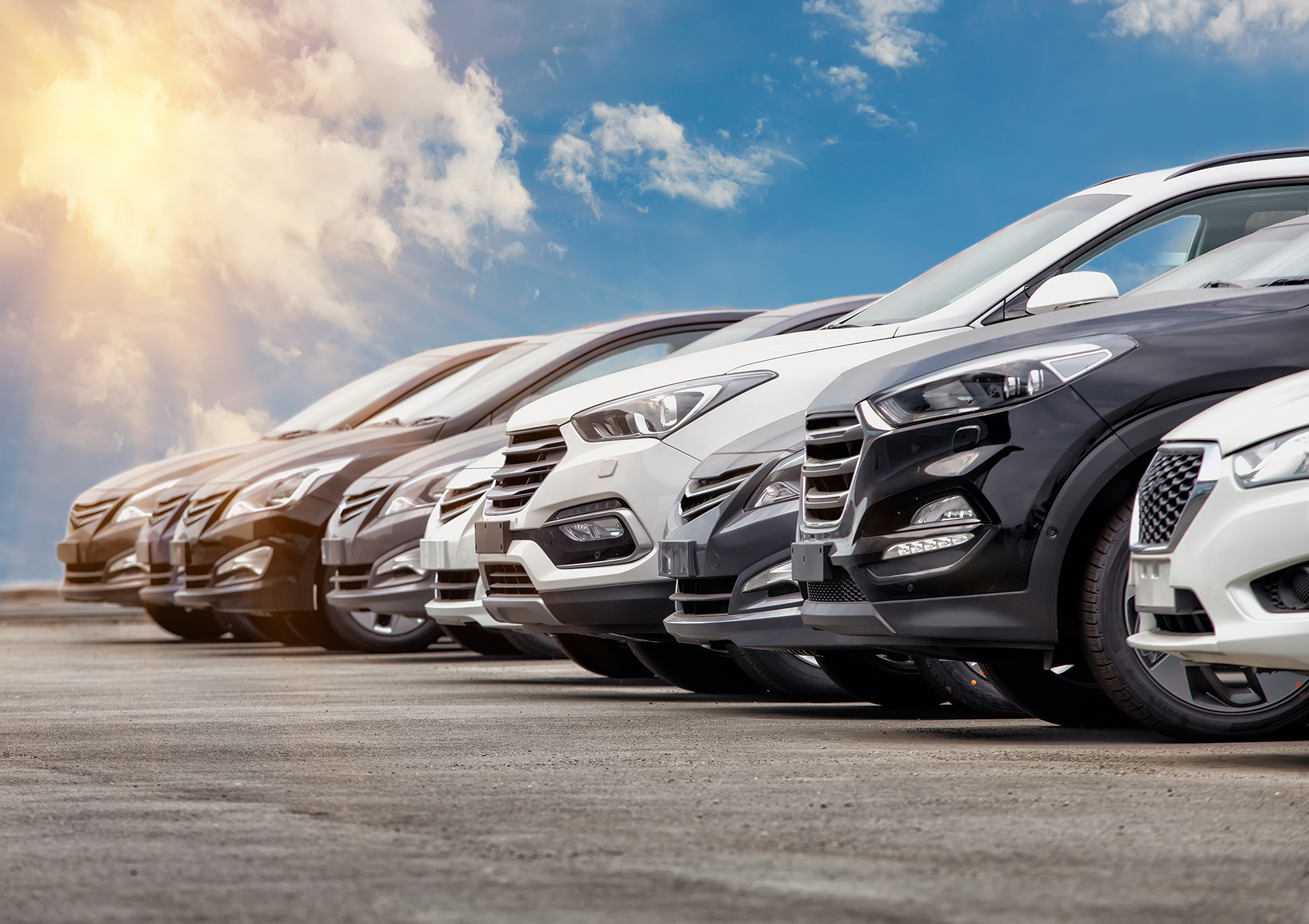 Row of cars. (Image: Shutterstock)