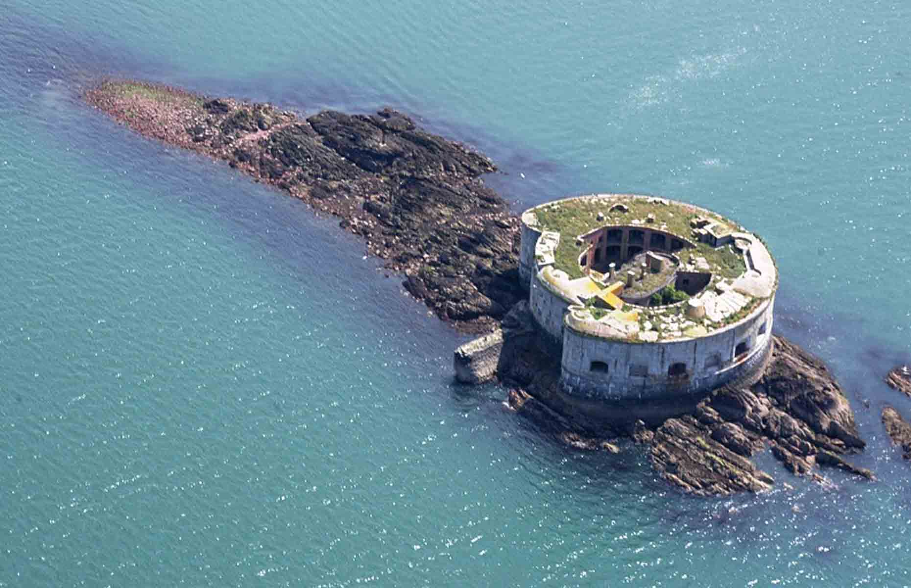 Up for a challenge? This 19th-century sea fort offers a unique development opportunity.  Image: FBM Estate Agents